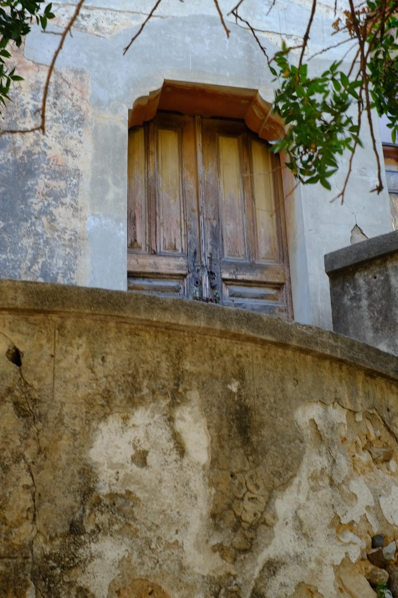 Old House by peterkryzun