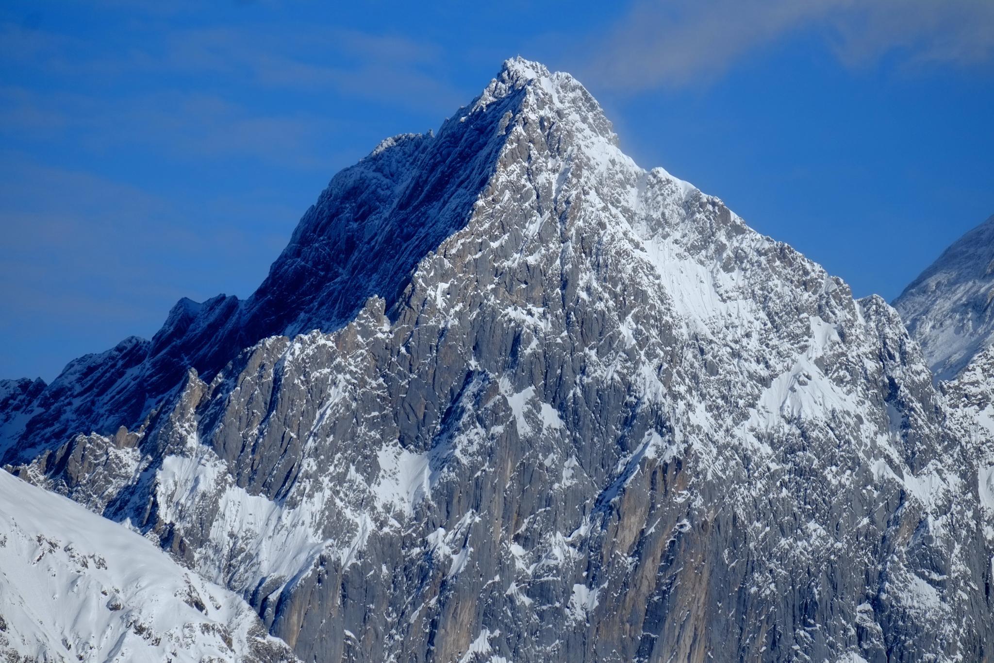 Der Berg by peterkryzun