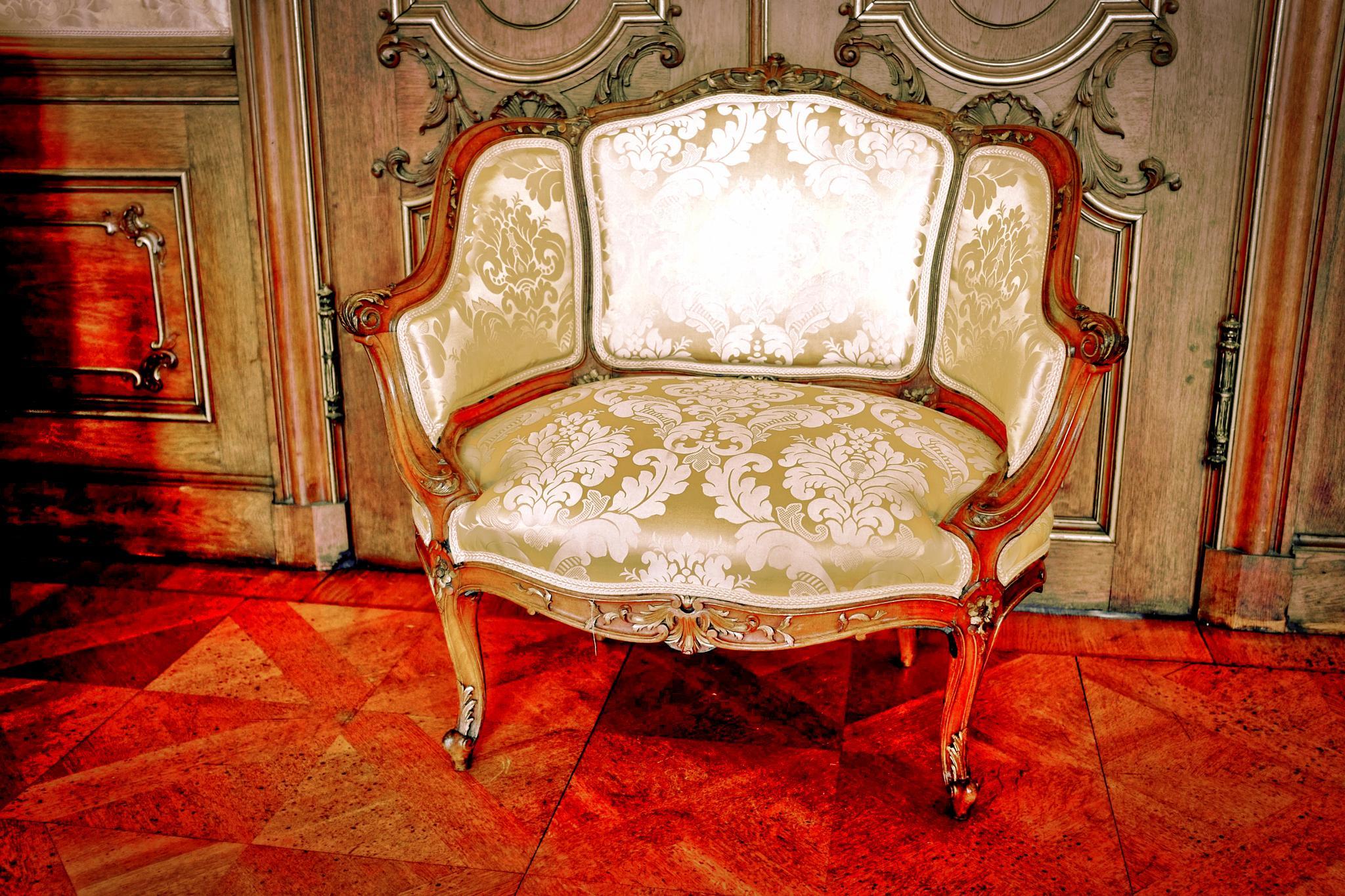 Der Stuhl by peterkryzun