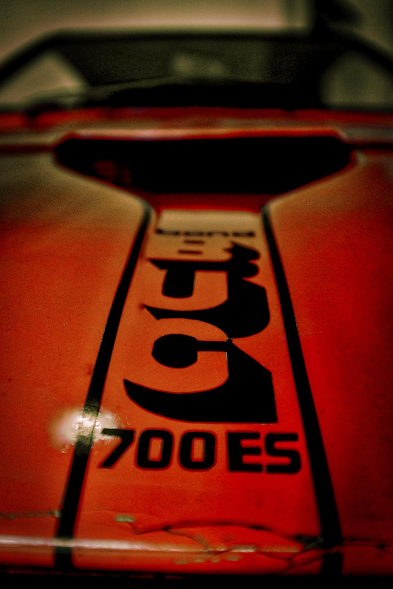 700ES by peterkryzun