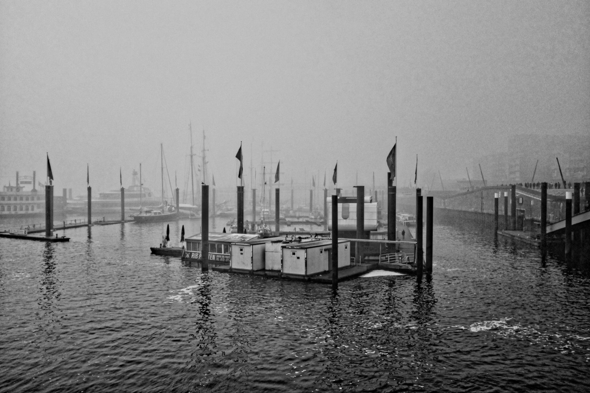 Foggy Days in Hamburg by peterkryzun