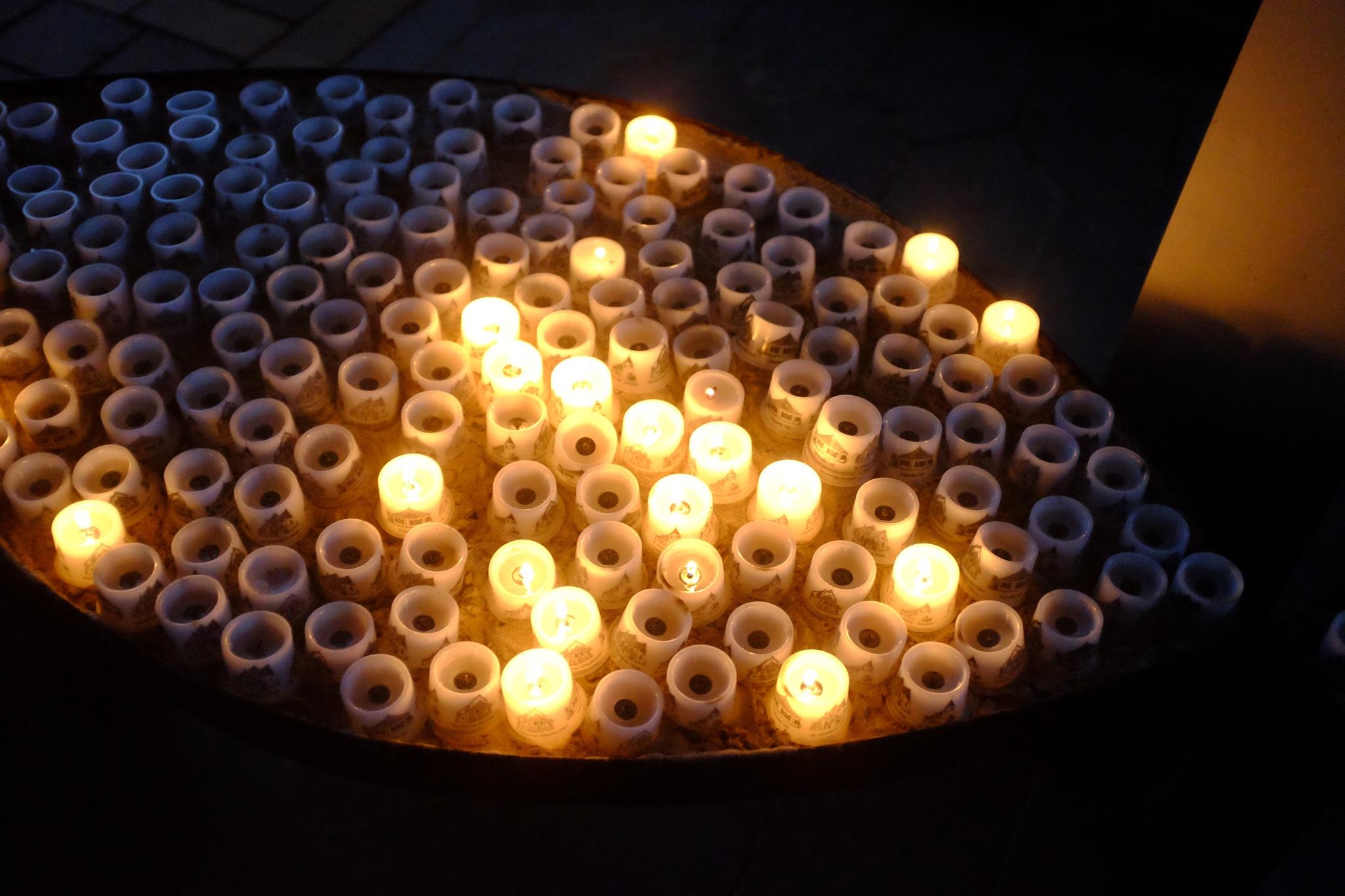 Kerzen by peterkryzun