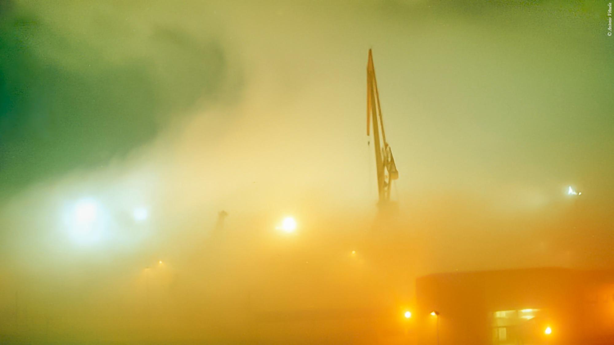 Niebla / Fog by Antonio Viñuela
