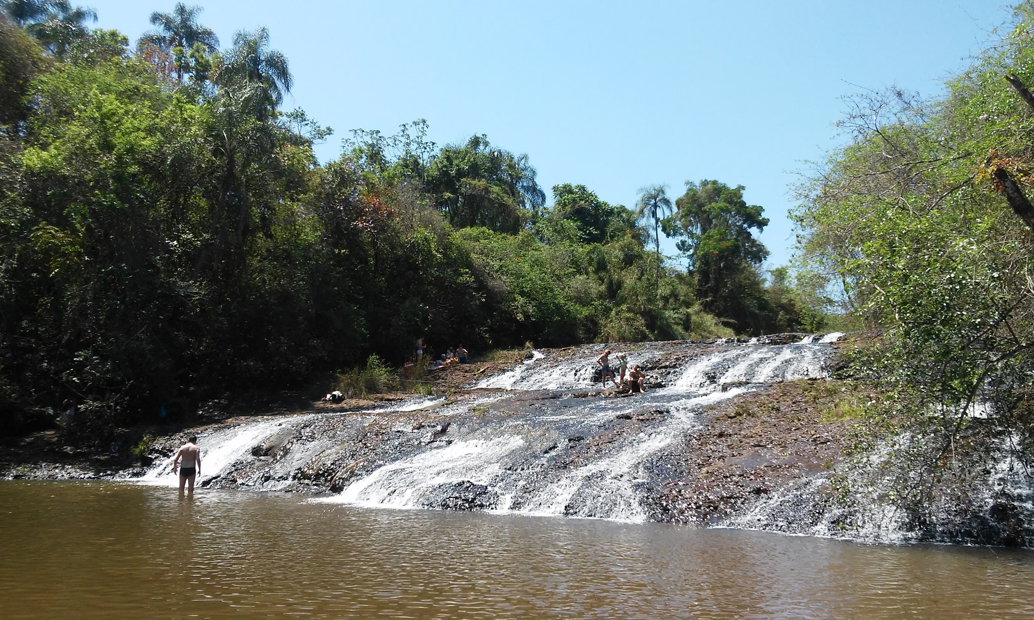 Cachoeira Escorregador / Waterfall in Brotas / SP by Hakan Somali
