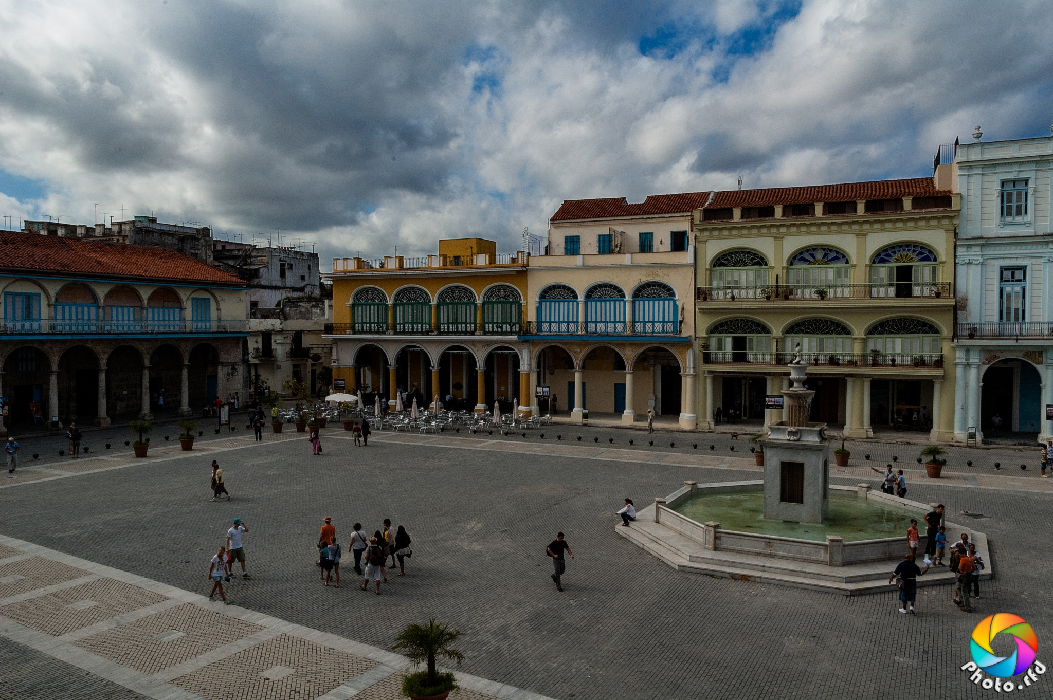 Plaza  by Photo_rfd