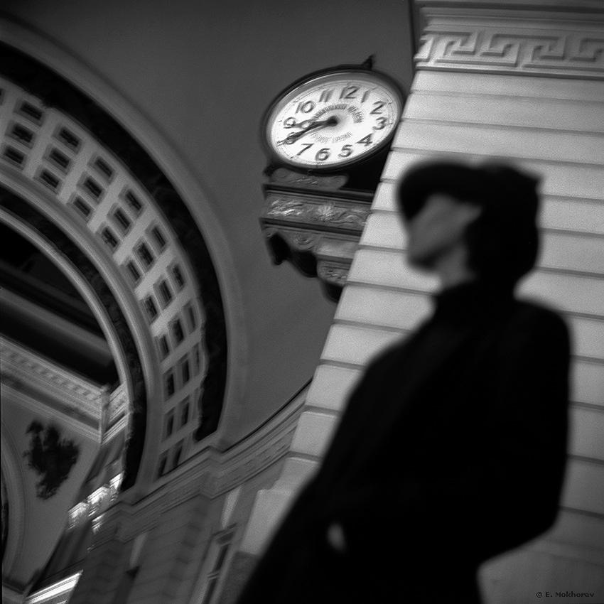 8:40. Bolshaya Morskaya Str., St.-Petersburg by Evgeny Mokhorev
