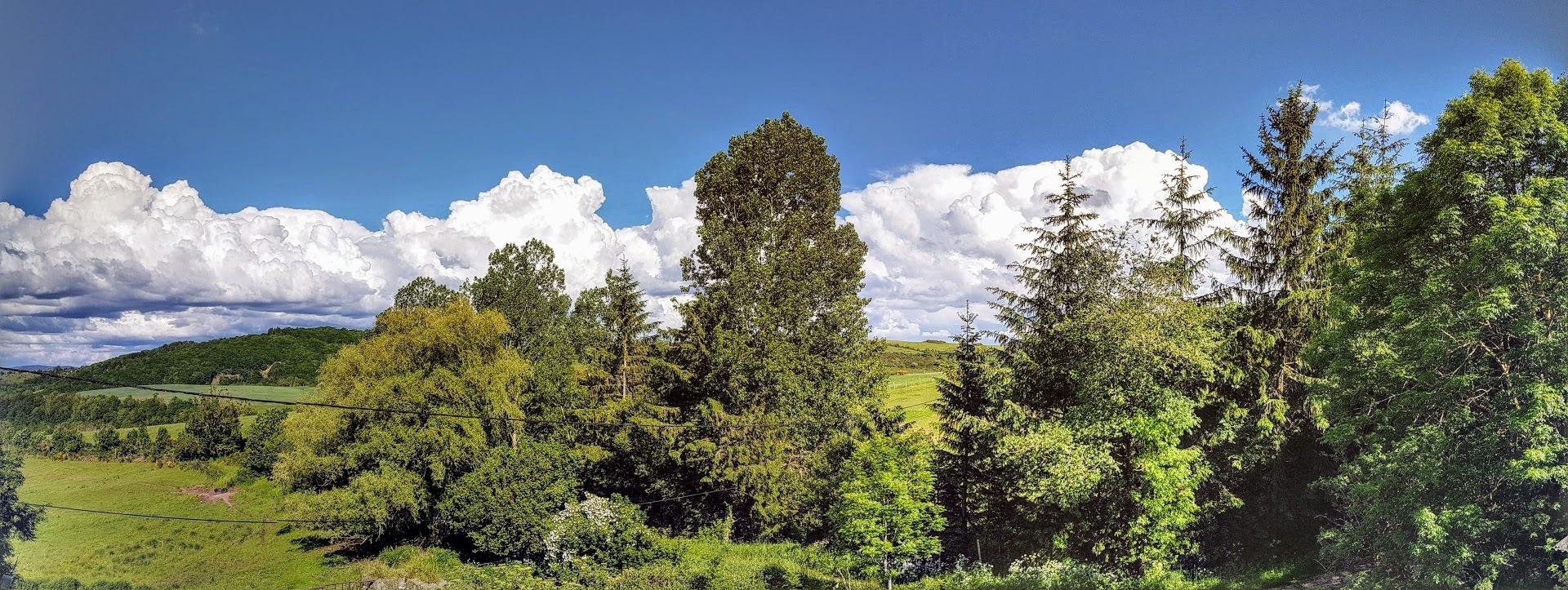 Les Cumulus nimbus by Brigitte Uras