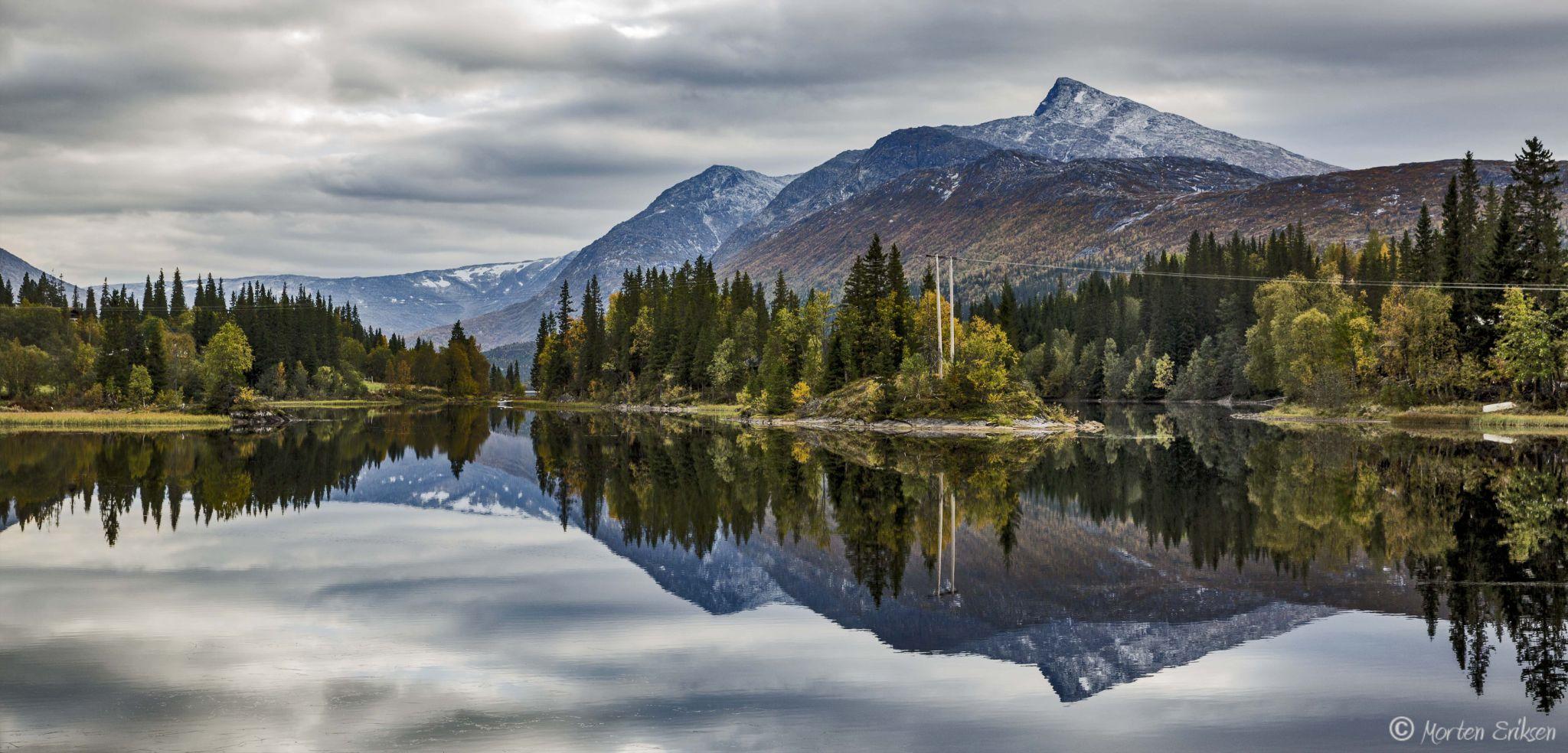 Luktvatn by Morten Eriksen