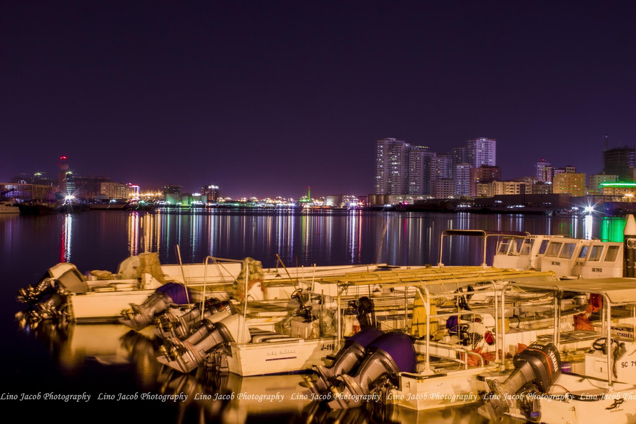 ajman fish market. by Lino jacob
