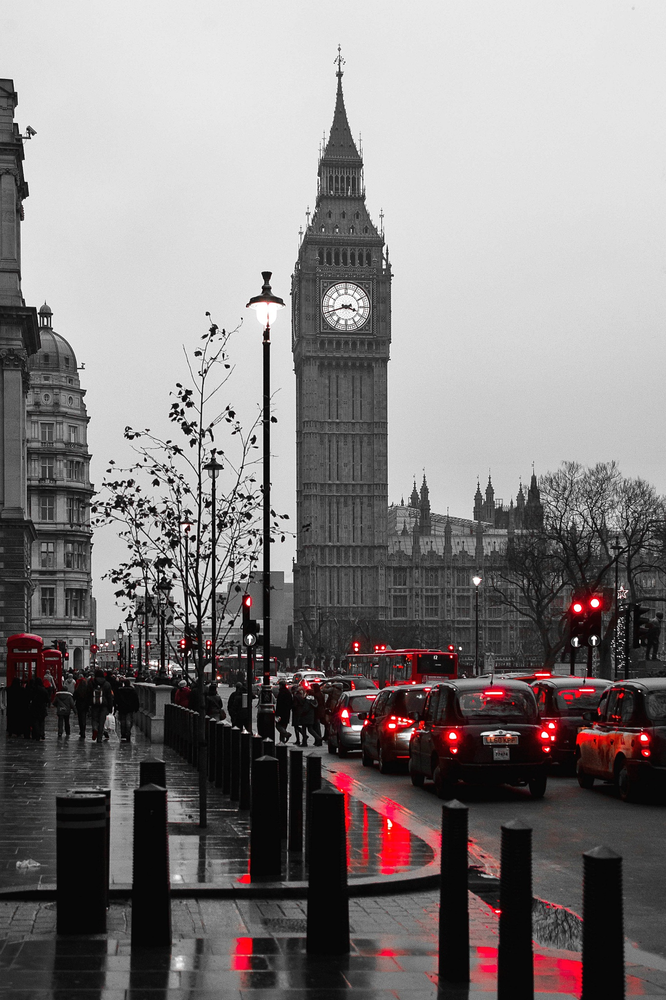 Red London by Carlo Allievi
