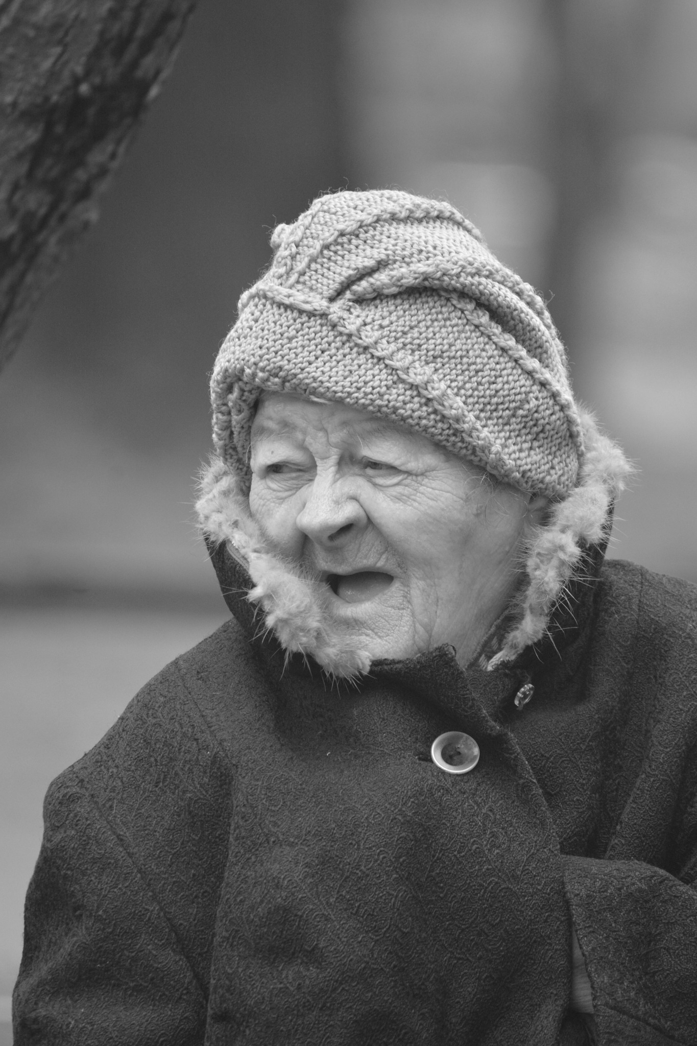 Old woman by Lars-Toralf Utnes Storstrand
