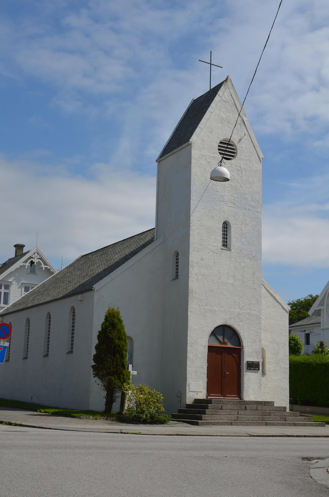 St. Josef Catholic Church, Haugesund by Lars-Toralf Utnes Storstrand