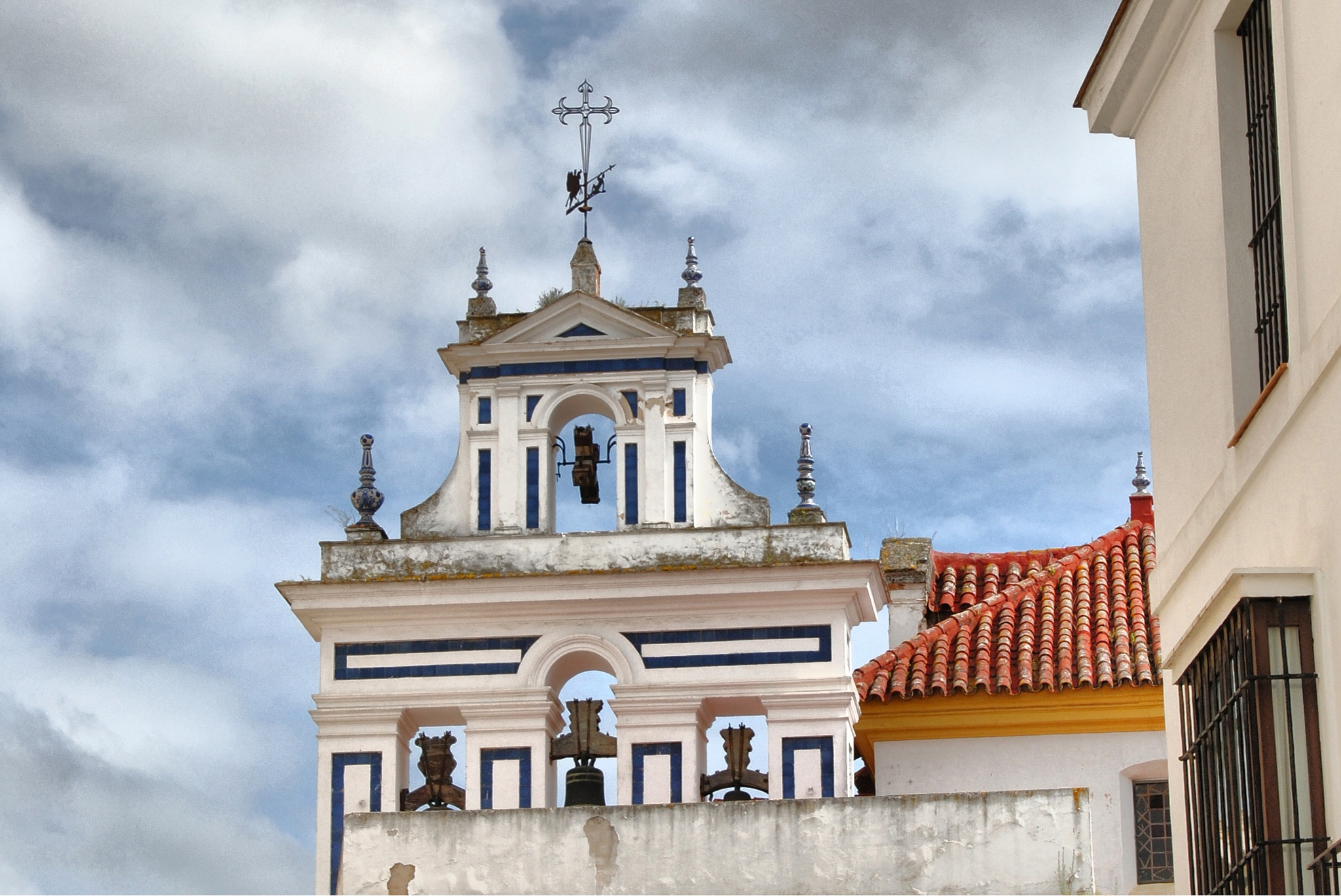 Belfry of Santiago Church by DavidRoldan