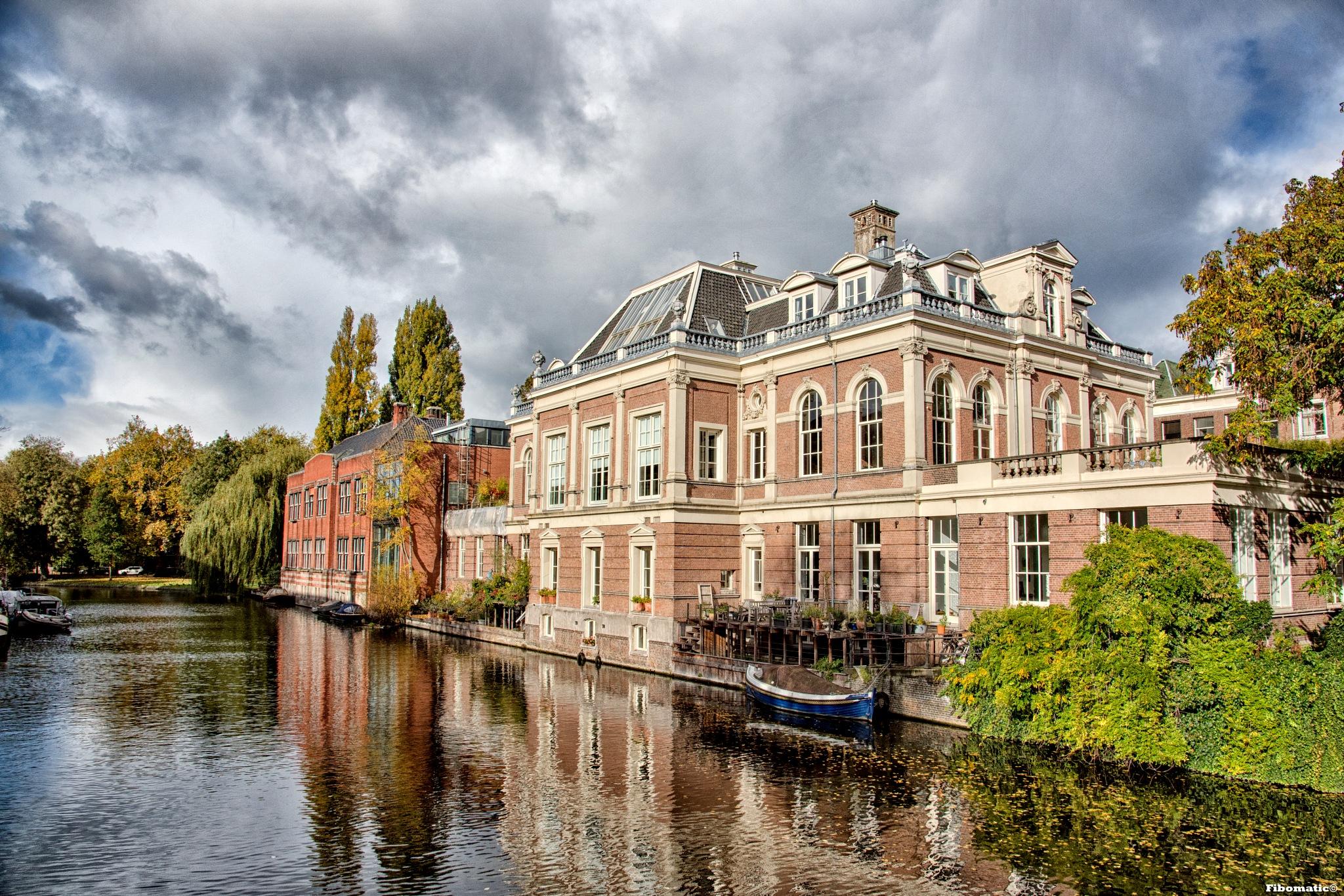 A view  of  Amsterdam by Bob Firquet