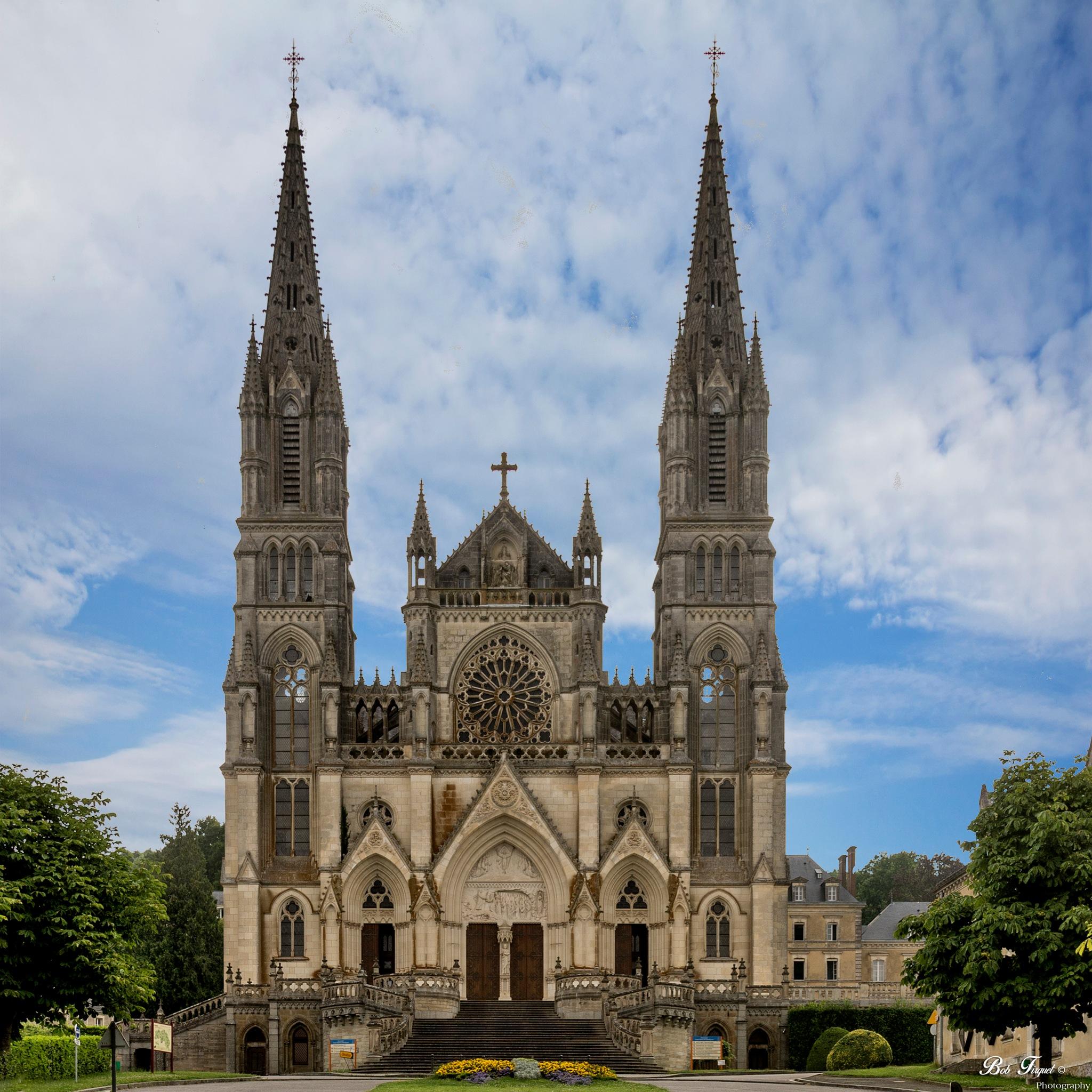 Photo in Travel #montligeon #church #fibomatic