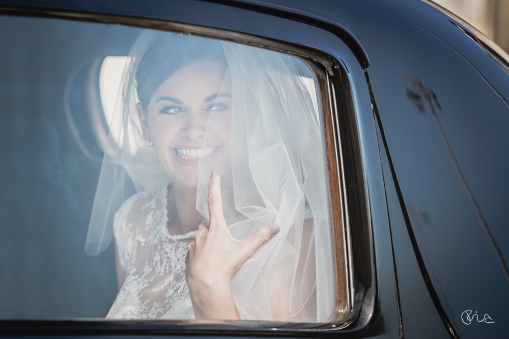 Emma runs into Mike for beautiful beach wedding in Brighton by Ebourneimages