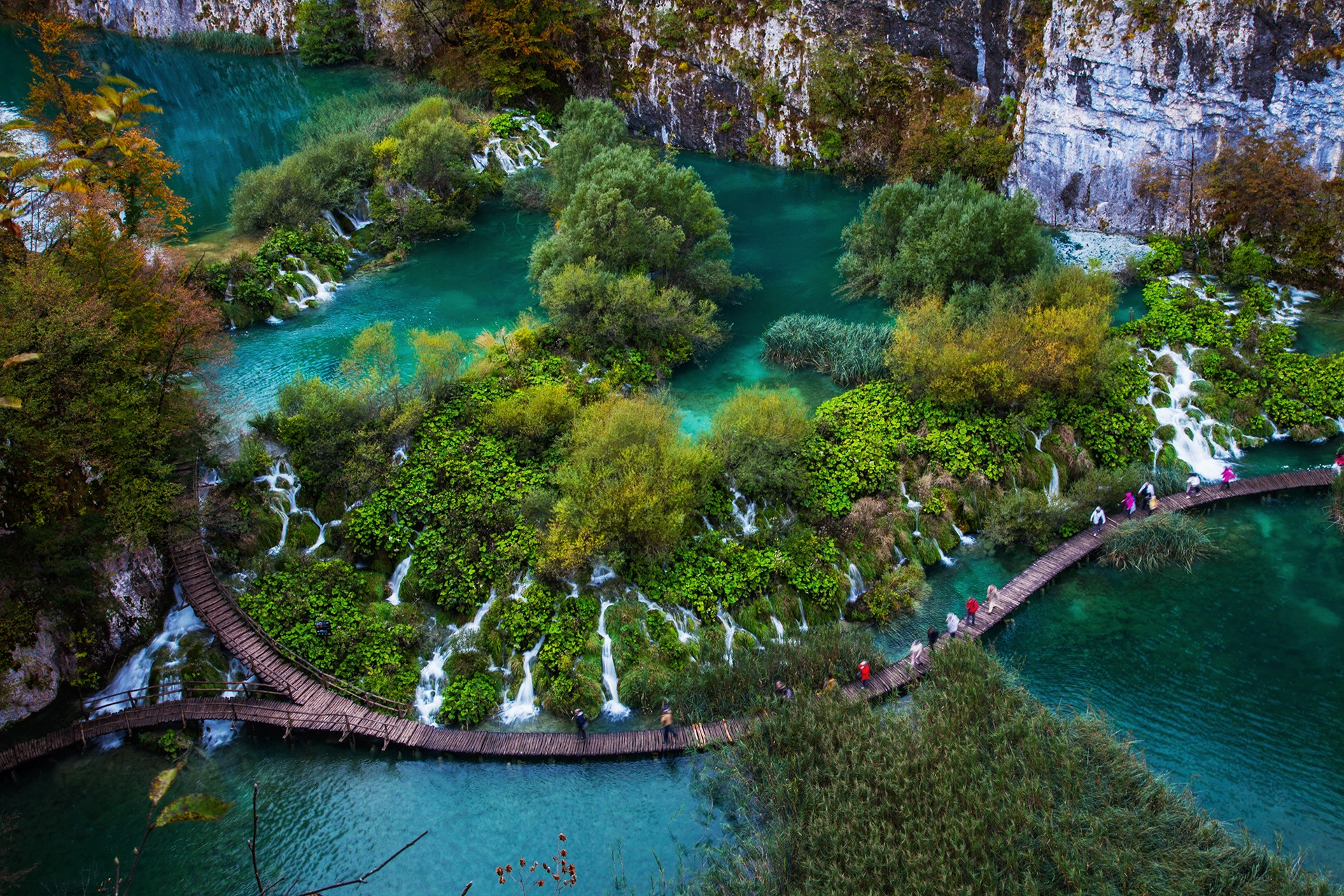 Plitvice Lakes by ck khui