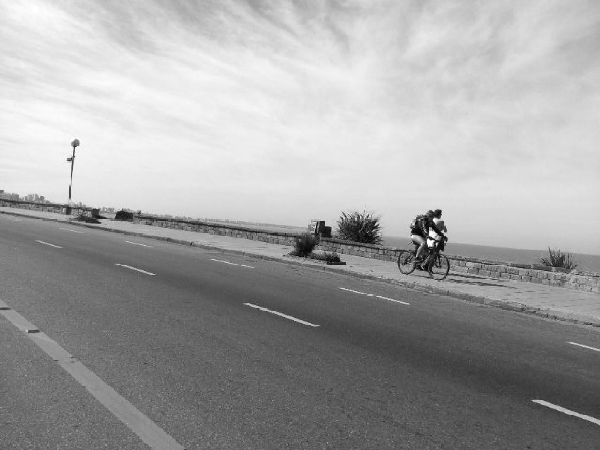 Ride a bike by Valeria Alvarez