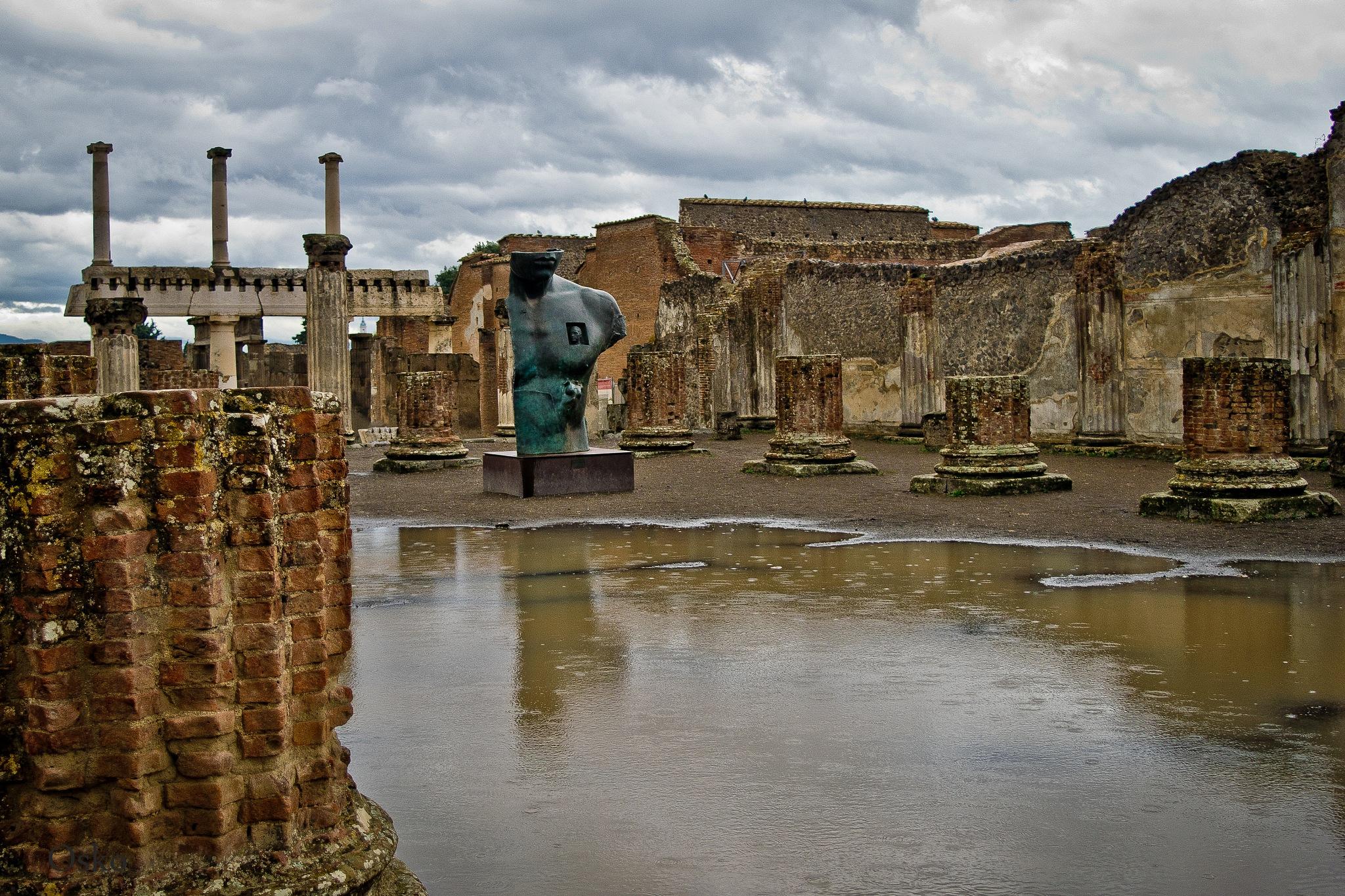 Las ruinas de Pompei by oscarruben_suarez