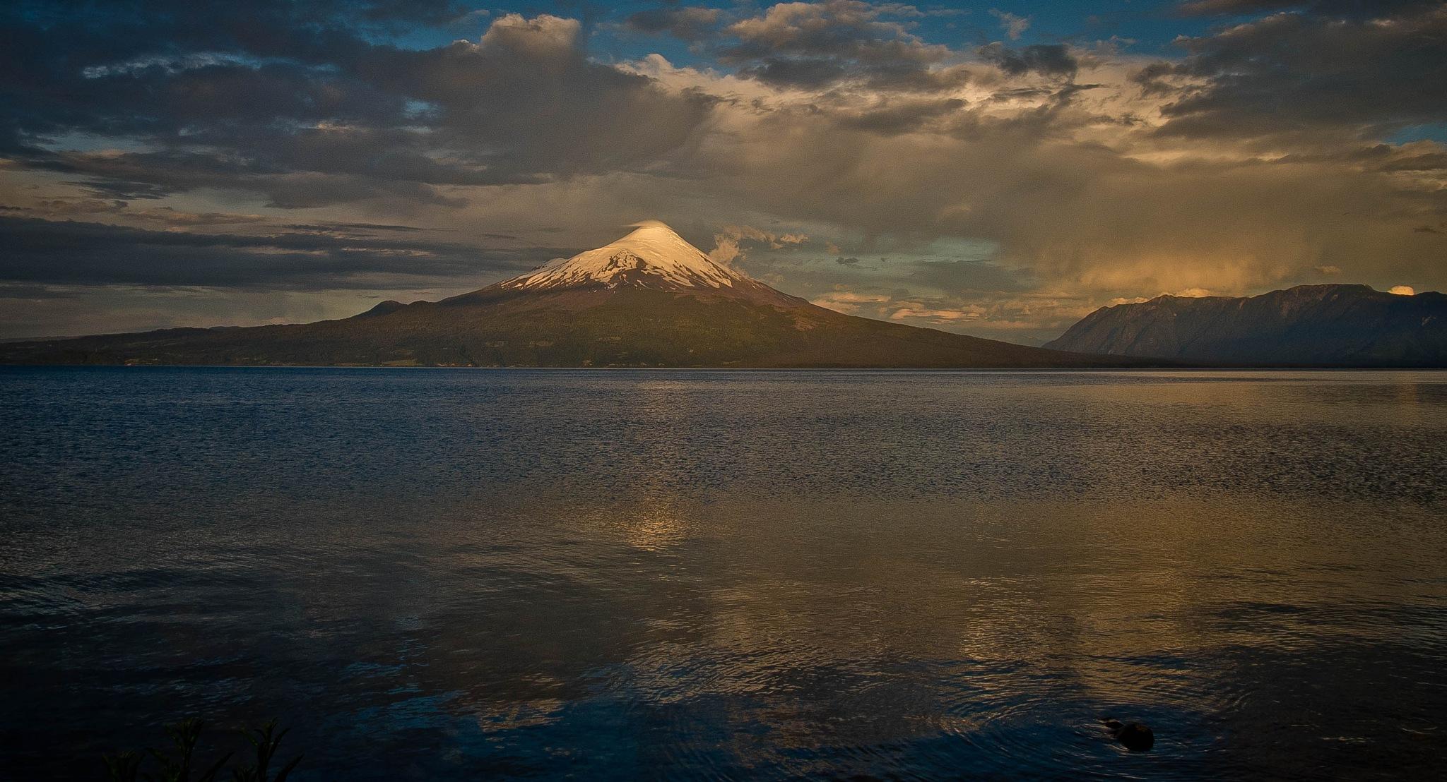Volcán Osorno by oscarruben_suarez