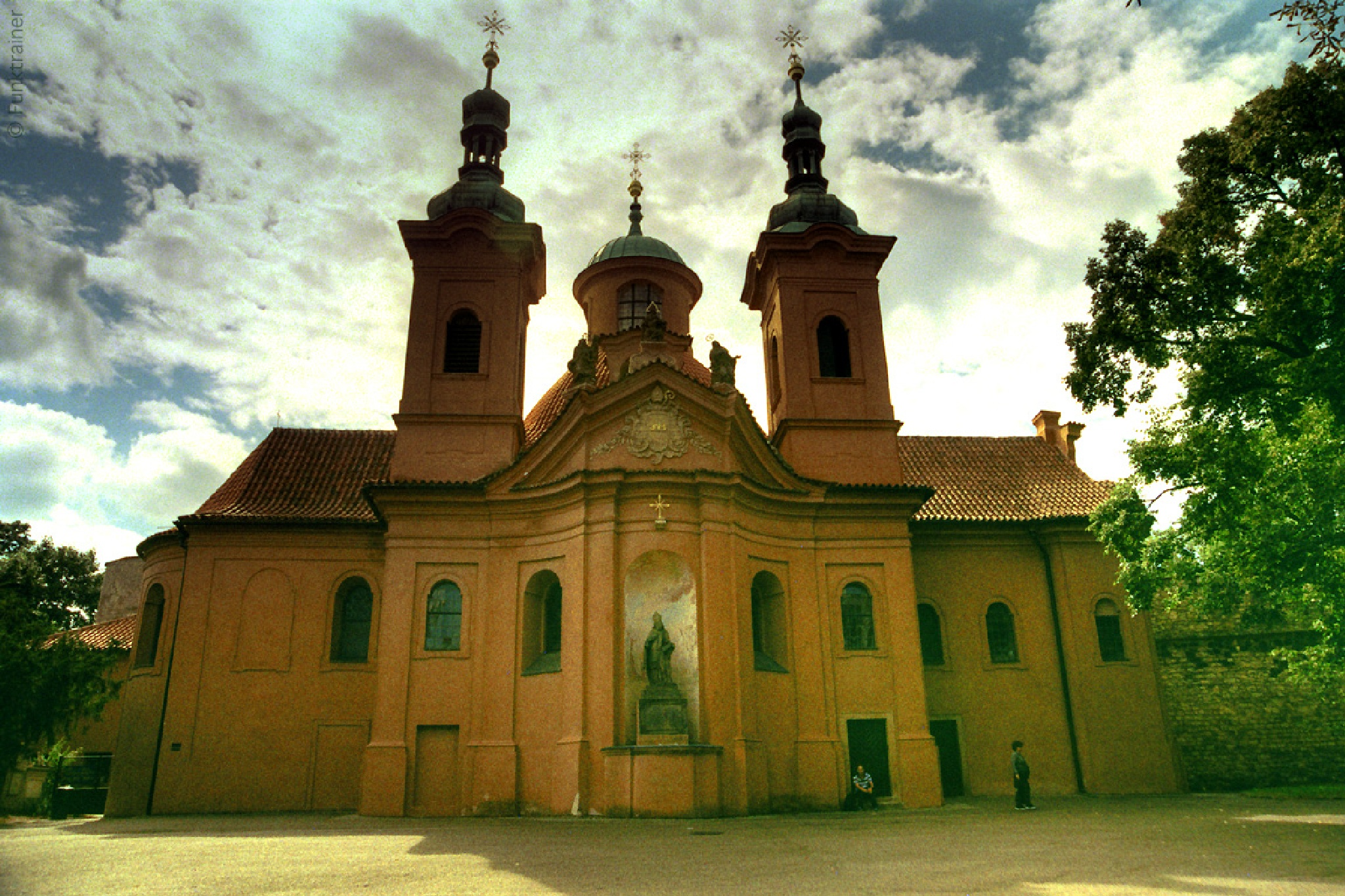 Saint Lawrence Cathedral by Funktrainer