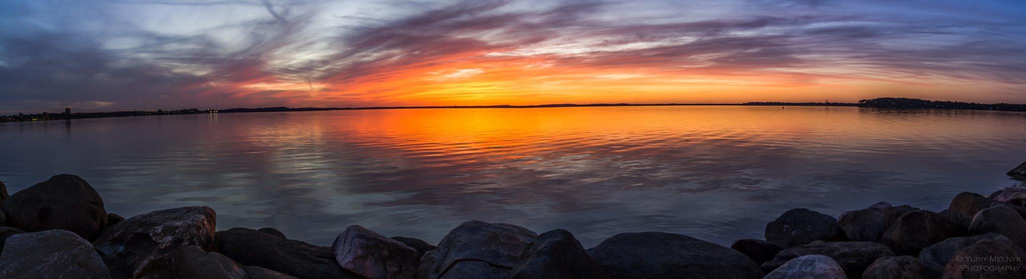 Panoramic photo of the lake by Yuriy Melnyk Photography