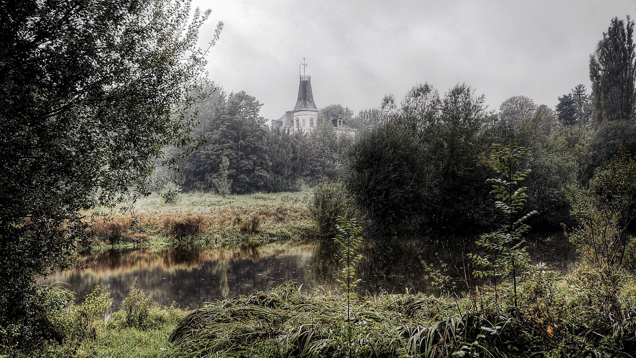 Castle by GJ Besselink