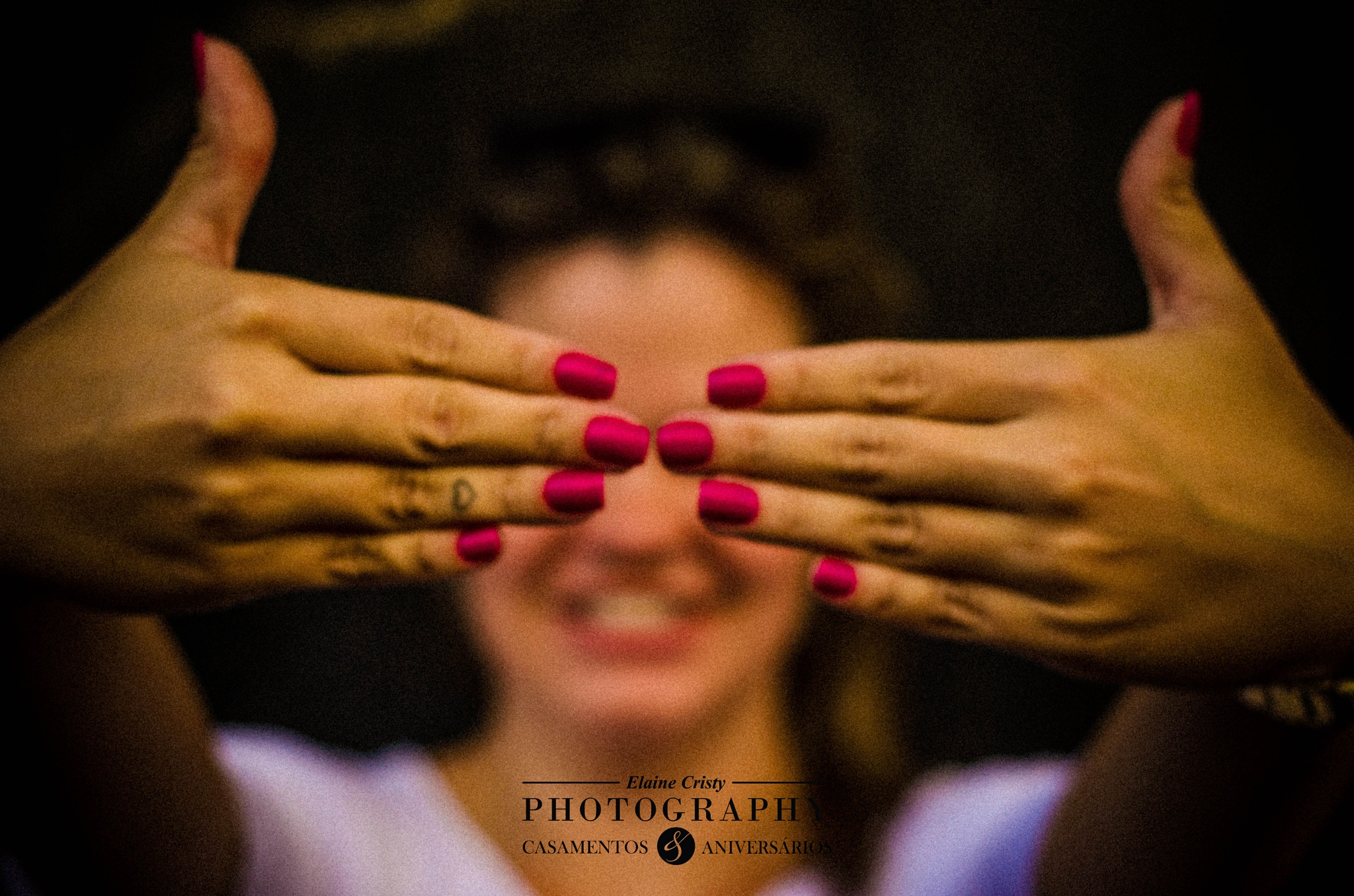 Mãos... by Elaine Cristy