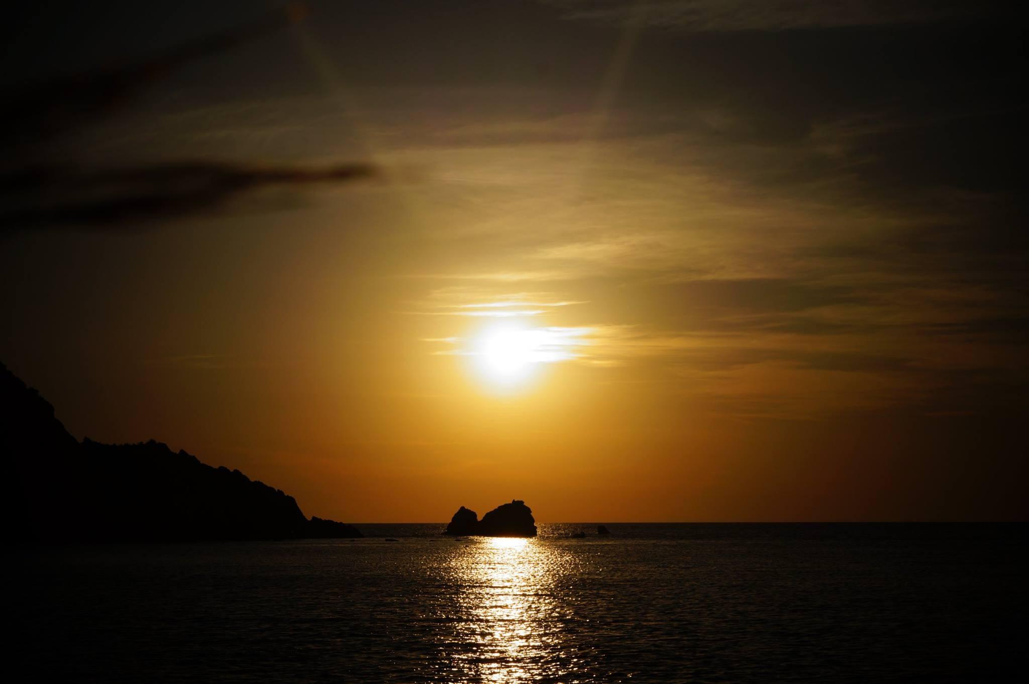 sunset & sea by evamil
