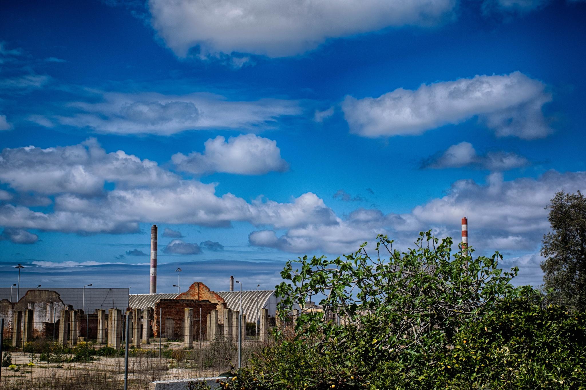 Blue sky by Jorge_Santos