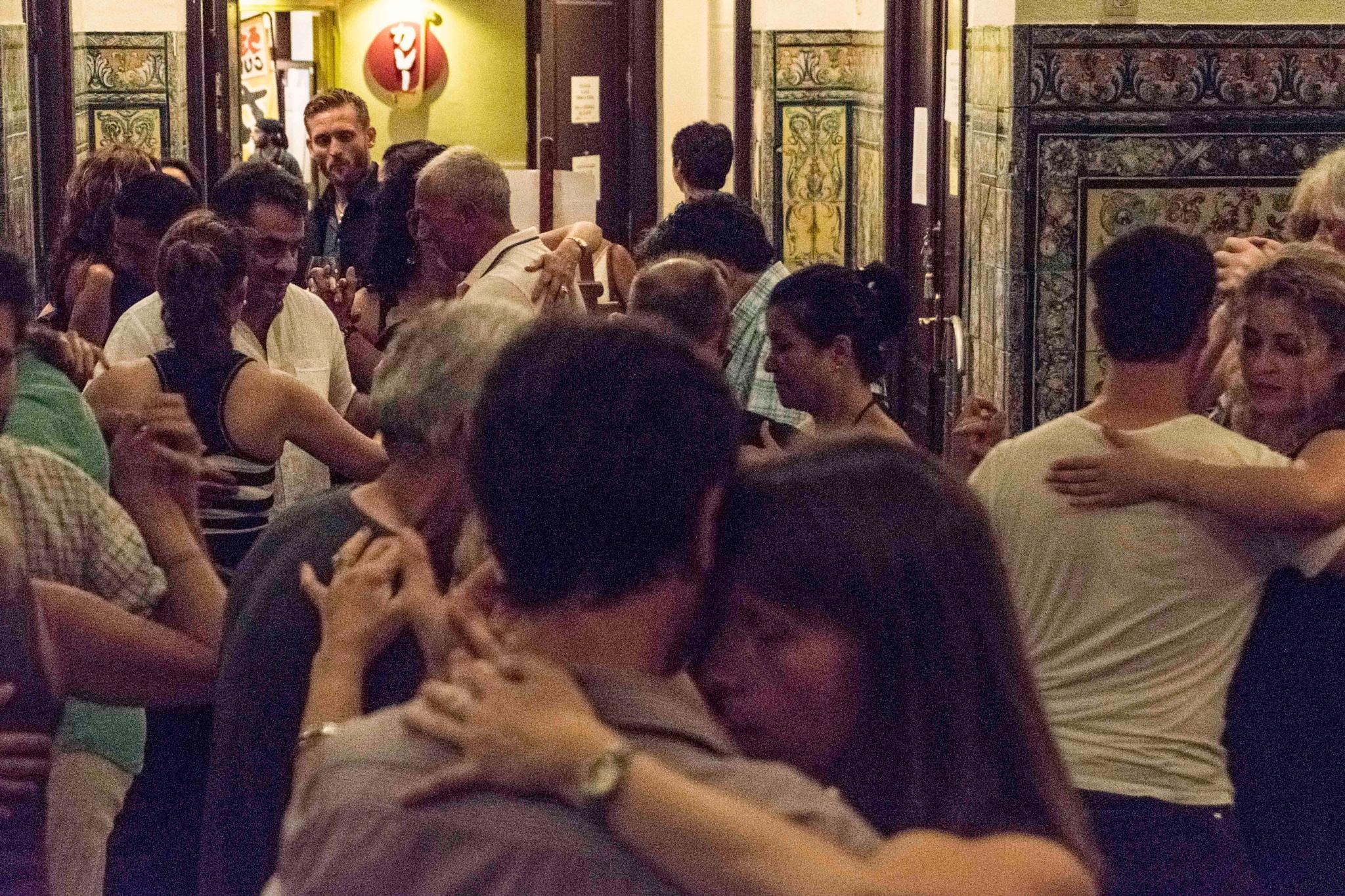 Tango, tango 4 by Erik Salas