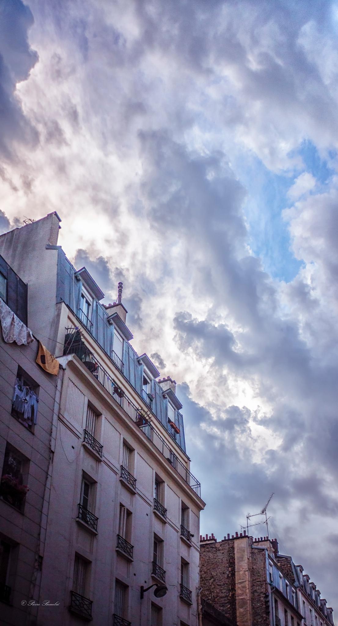 Parisian Sky by Pierre Beaubié