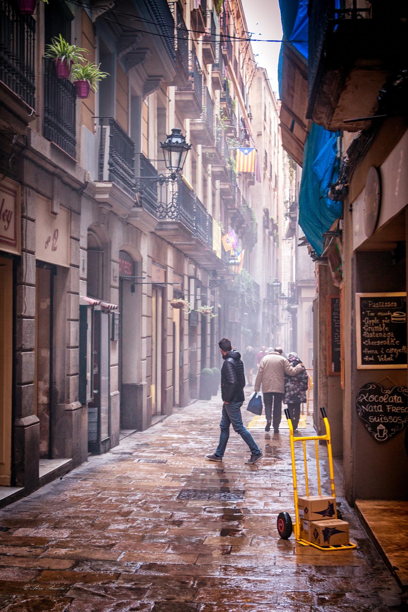 Rainy day in Barcelona by Pierre Beaubié