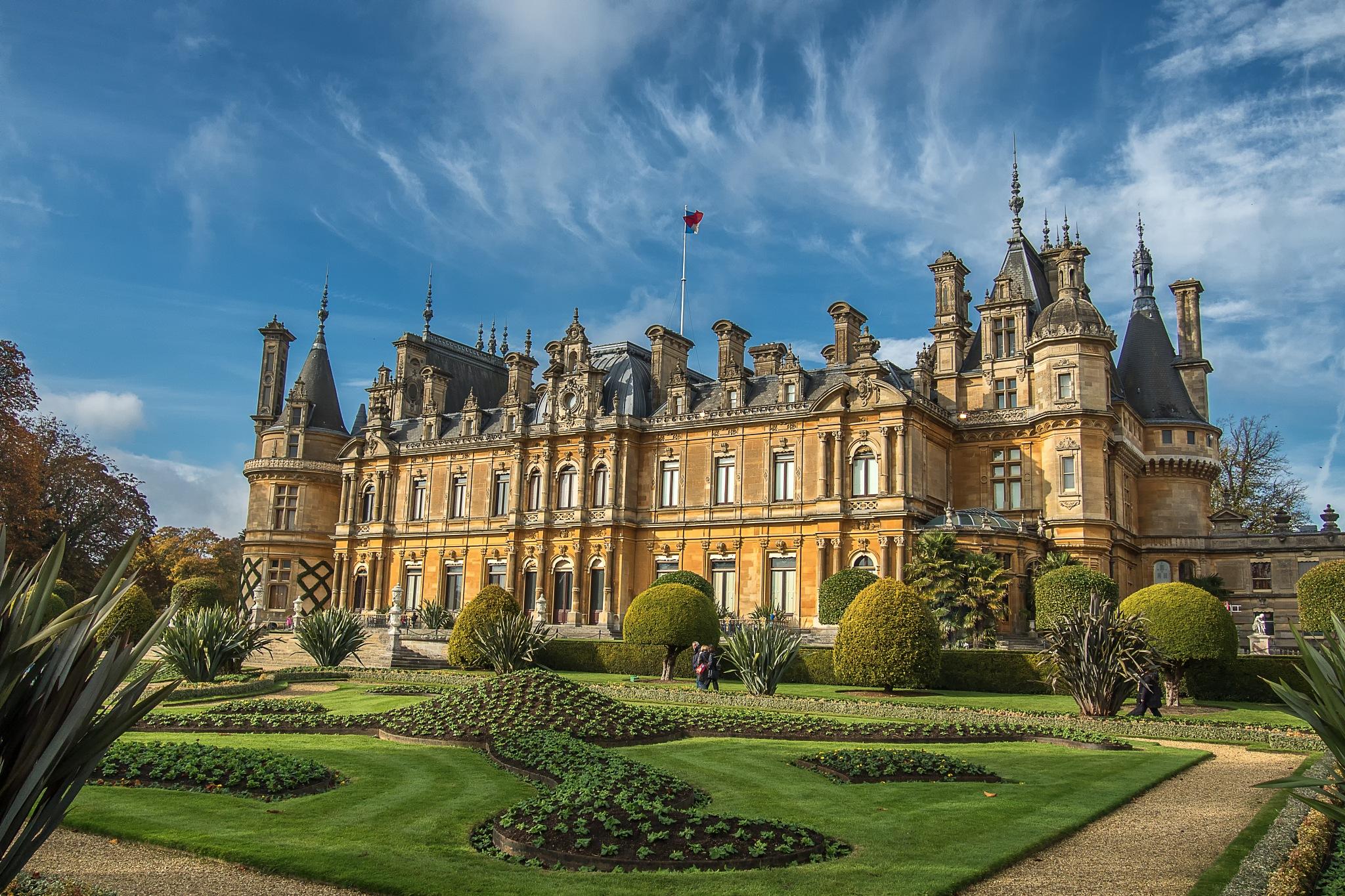 Waddeston Manor by Gary Tripp
