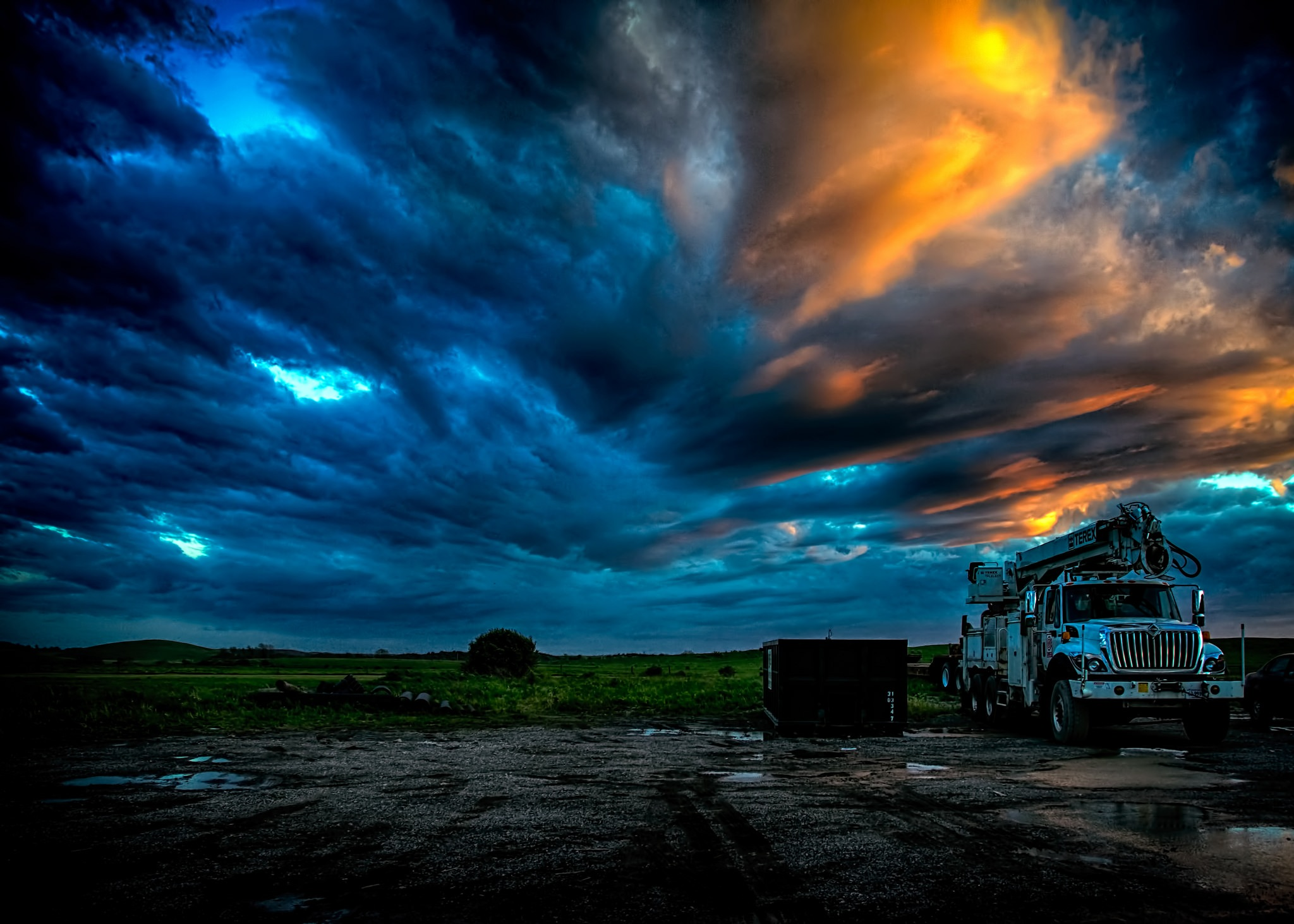 Dramatic Sky by 68steelphotos