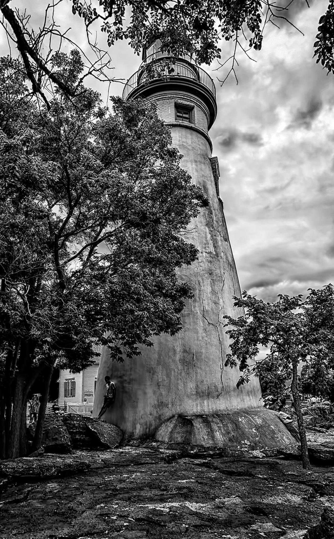 Marblehead Lighthouse by 68steelphotos