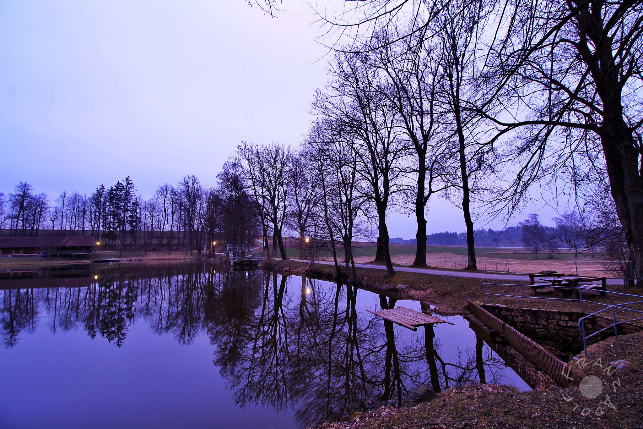 Beginning of the blue hour  by Franzl