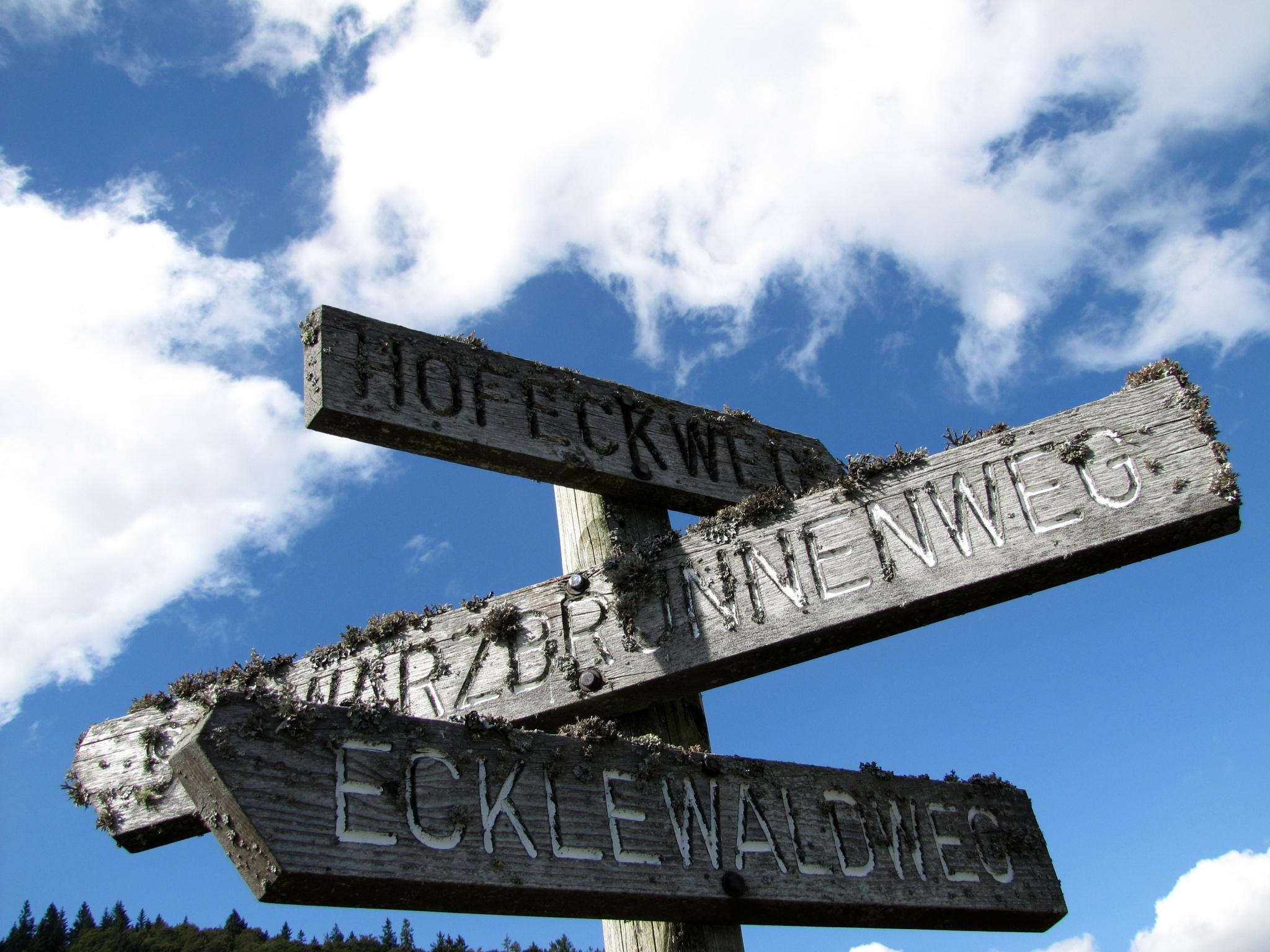 signpost by Stephan Graumann