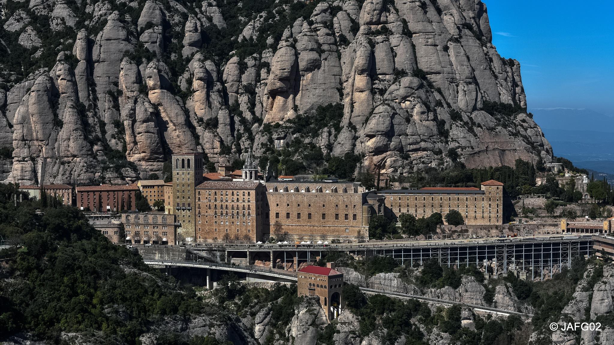 Monasterio de Montserrat  by José Antonio Fernández Gómez