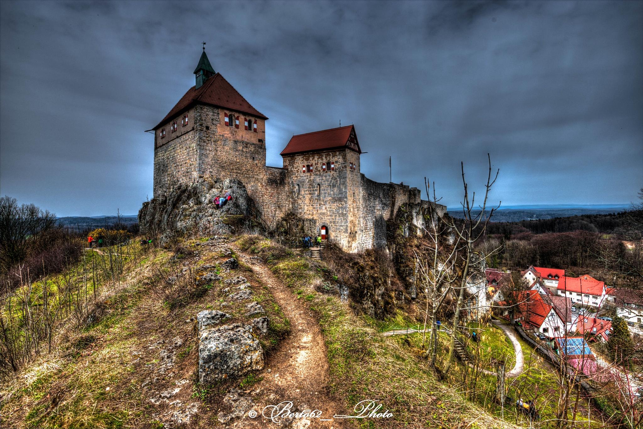 Burg Hohenstein  Kirchensittenbach by Bartolomeo Scanu