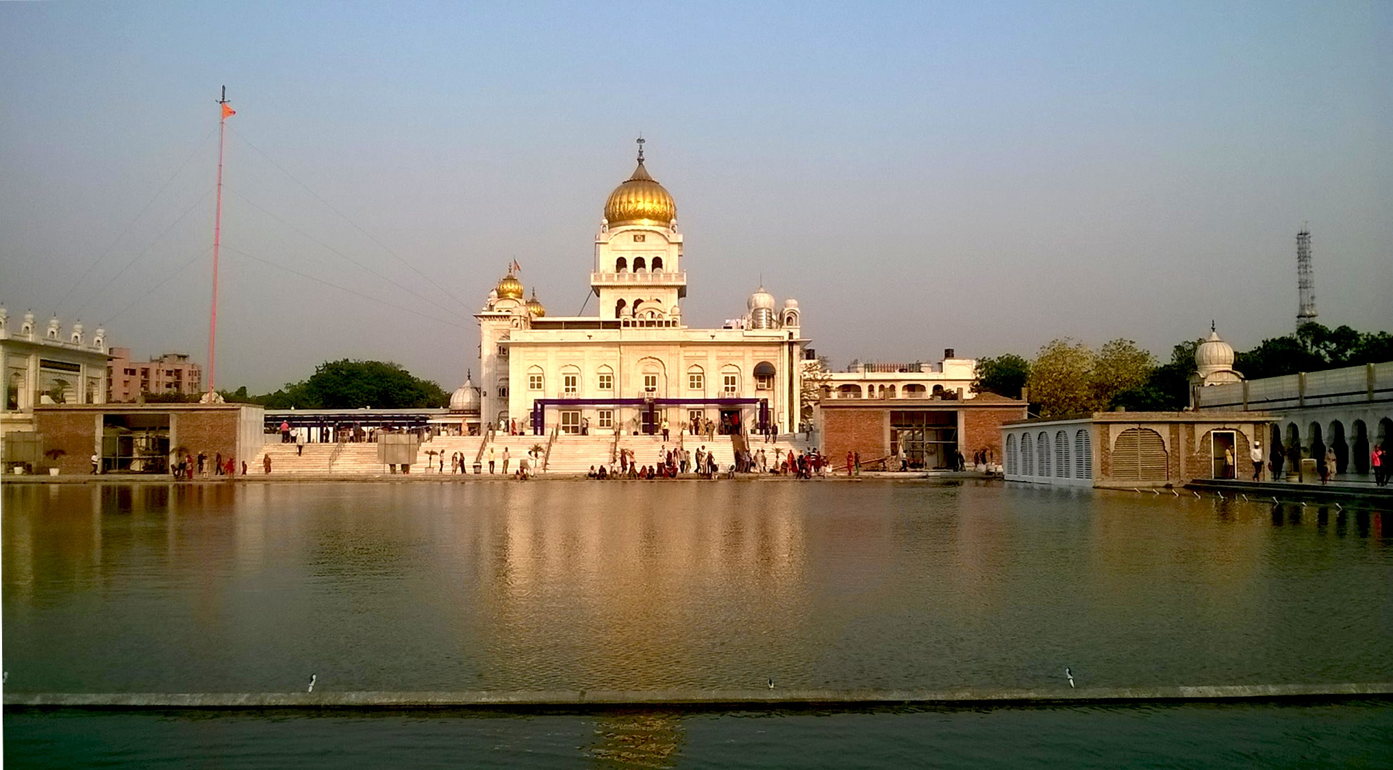 Bangla Sahib Guruwara, New Delhi by Reyasat S. Fiza