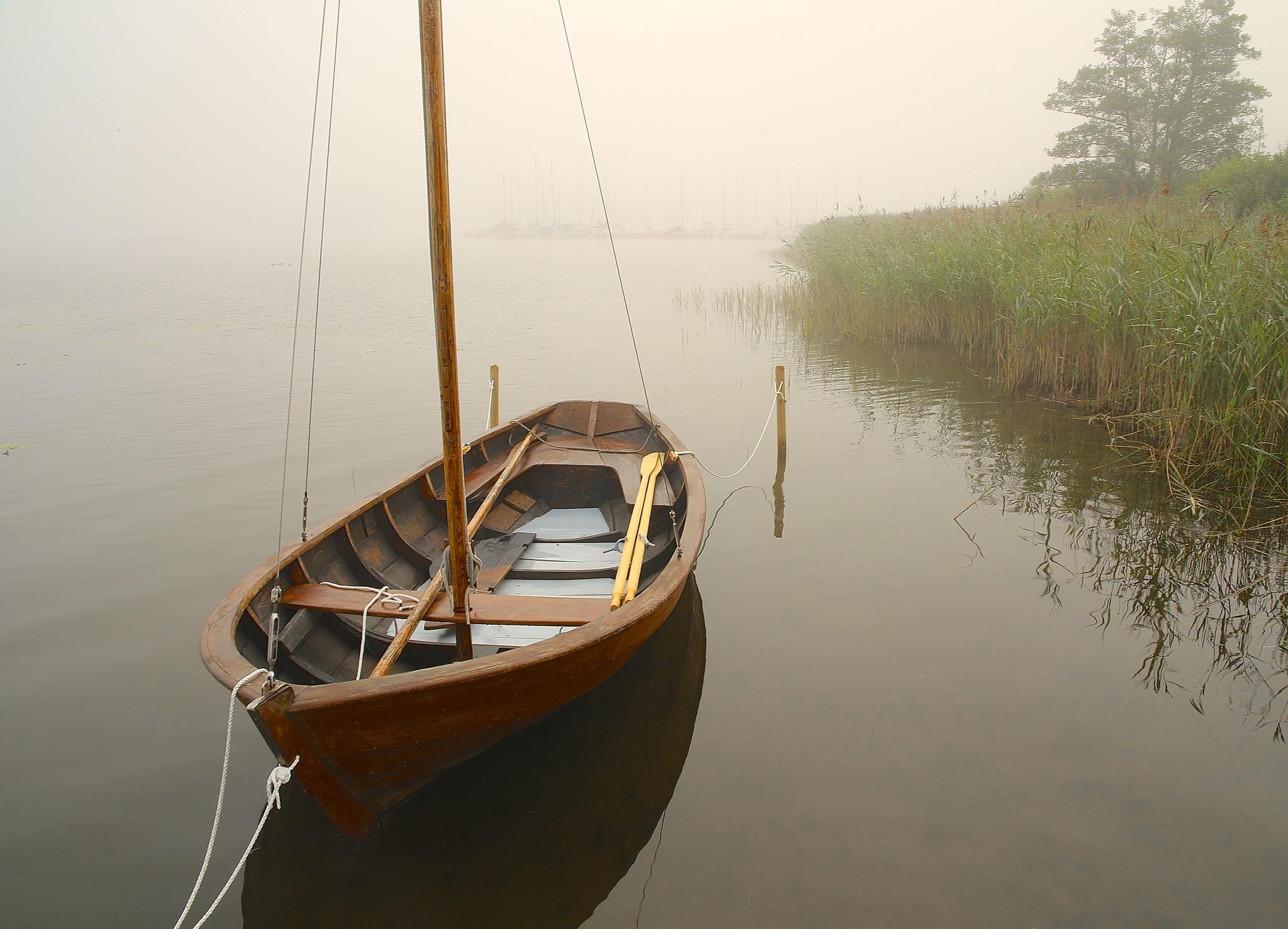Calm and misty by Bildmartin