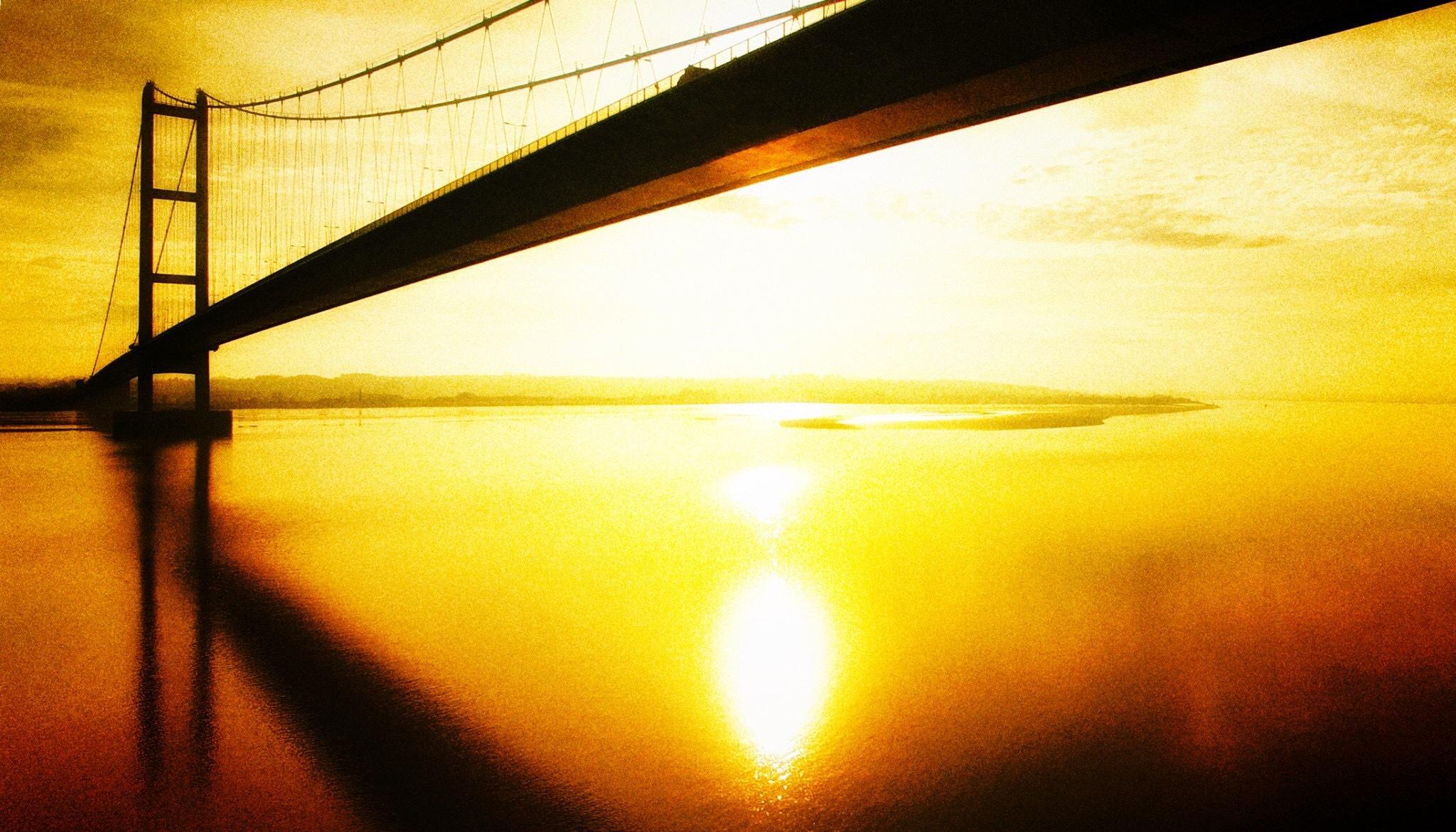 Autumn under the bridge  by Charlie Tog