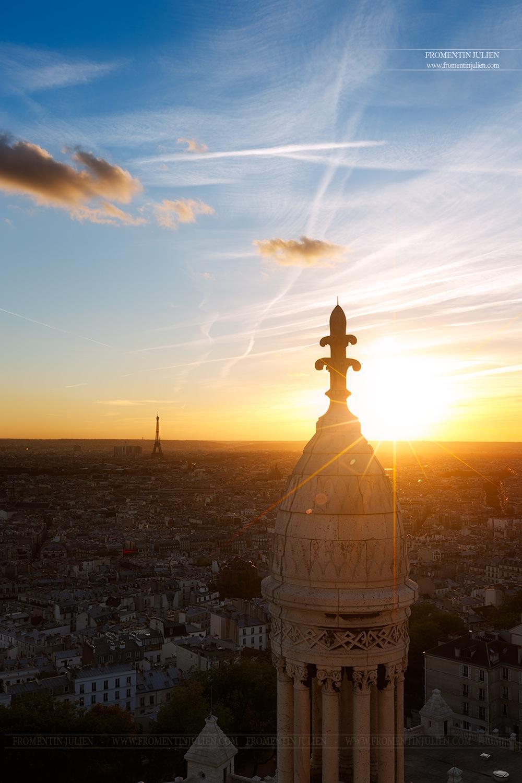 Depuis le Dôme de la Basilique du Sacré-Coeur de Montmartre, Paris by Julien FROMENTIN