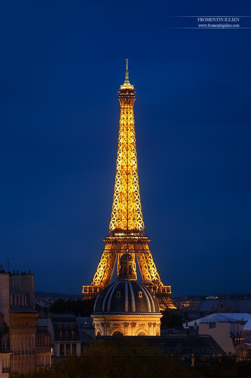 Tour Eiffel & Institut de France, Paris  by Julien FROMENTIN