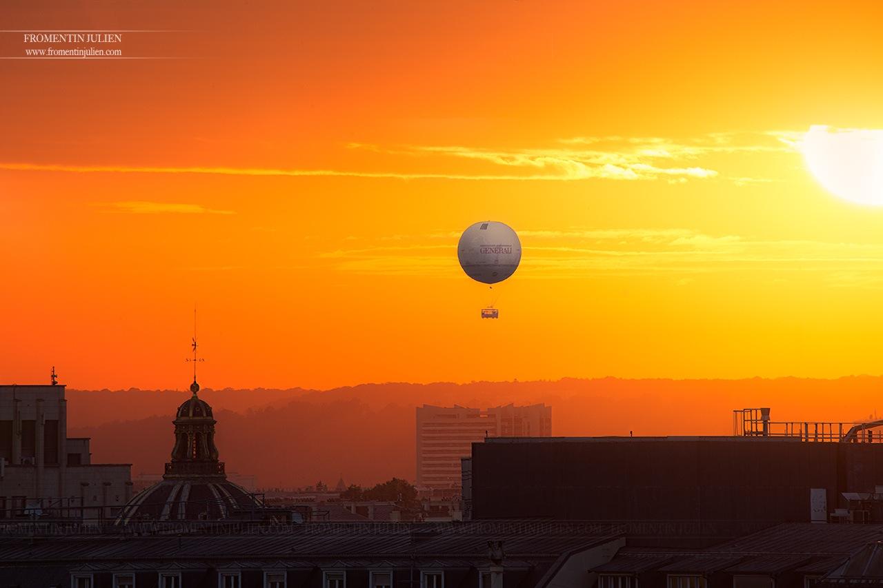 Ballon Generali, Paris by Julien FROMENTIN