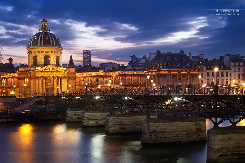 Institut de France & Pont des Arts, Paris by Julien FROMENTIN