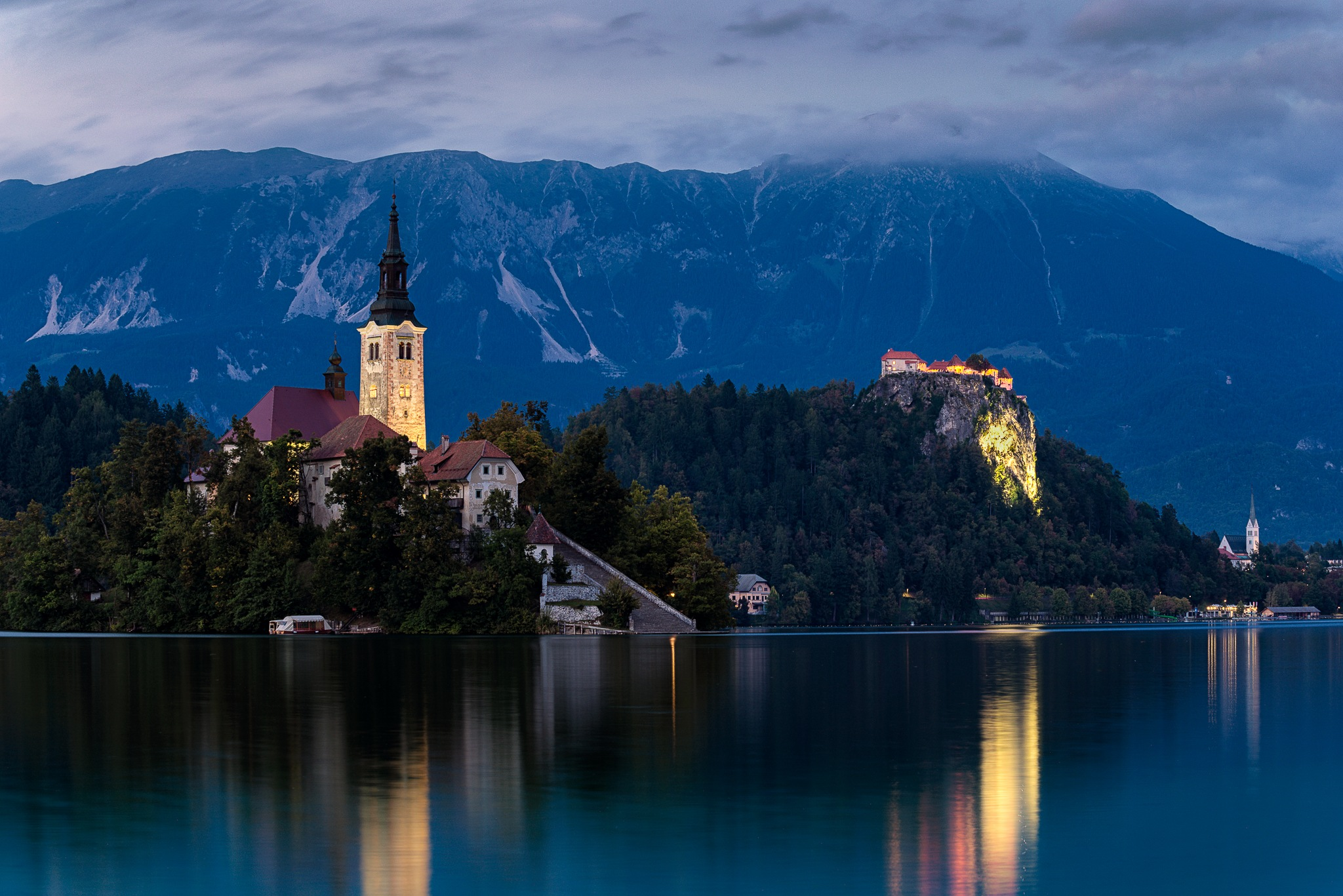 Twilight church by Simo Tynys
