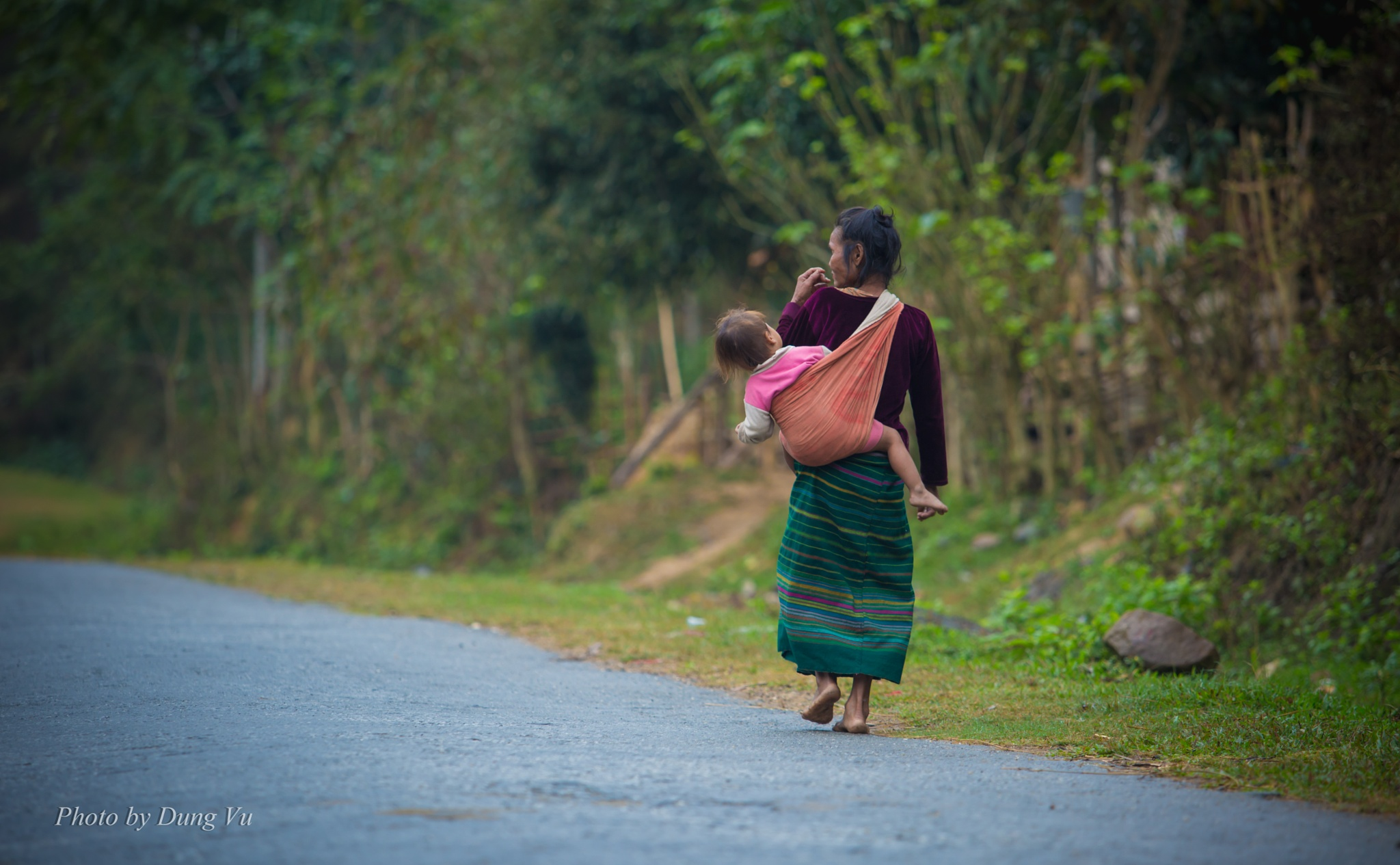 Long distance to home  by Vu Ngoc Dung