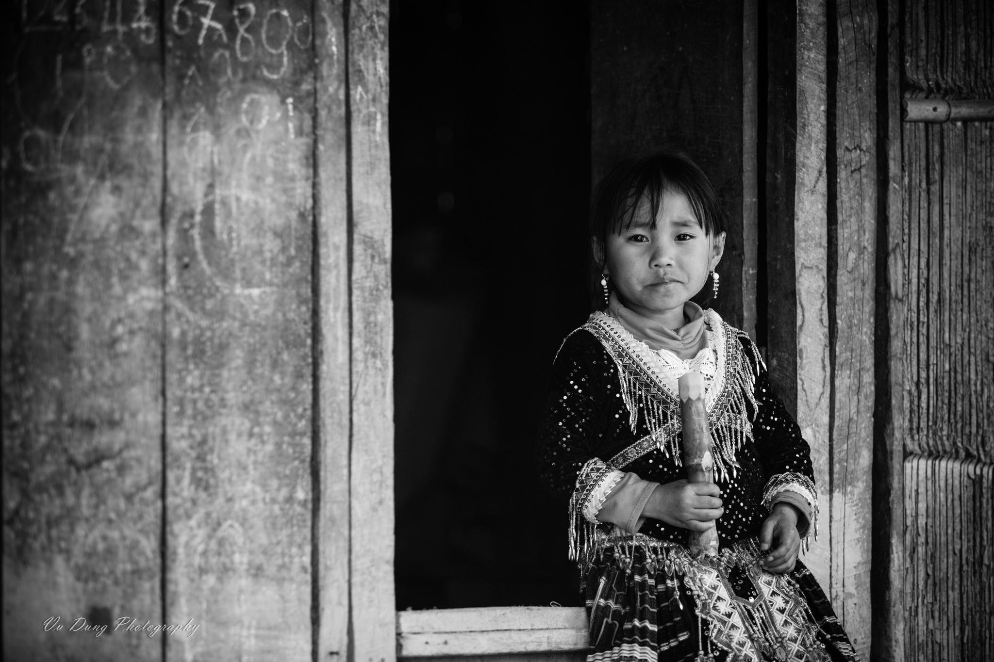 On the door! by Vu Ngoc Dung